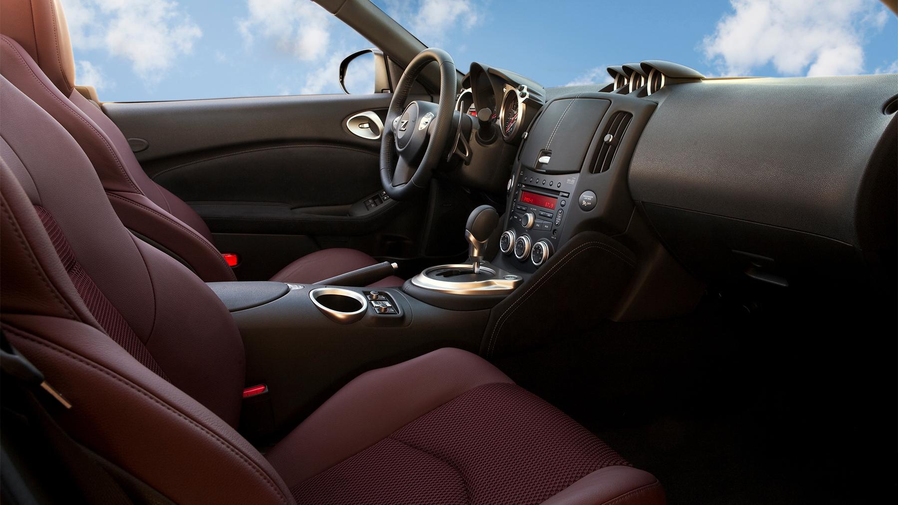 2010 nissan 370z roadster 017