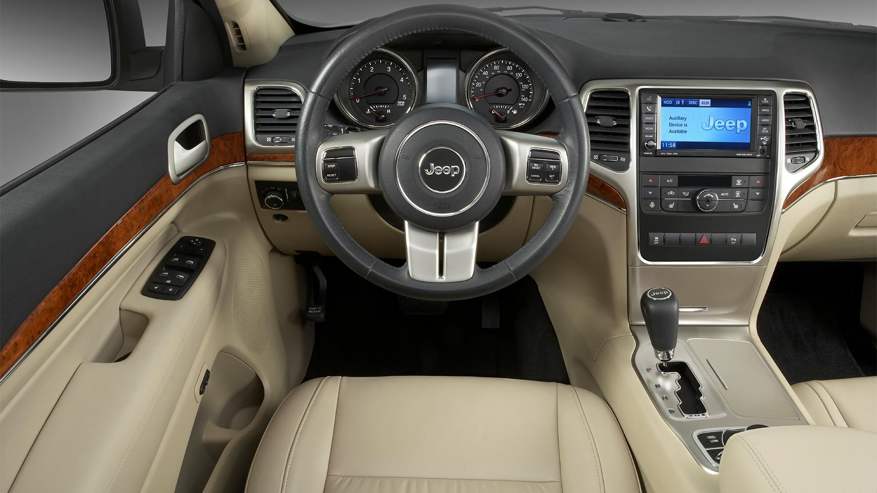2011 jeep grand cherokee 011