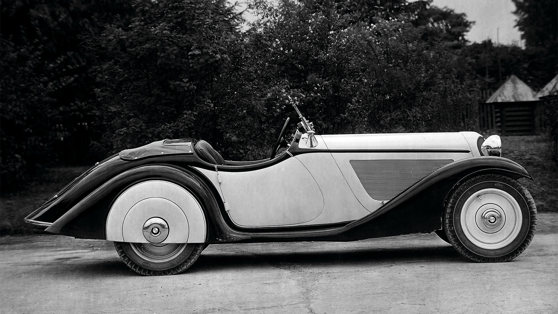 bmw celebrates 75 years roadster production 019