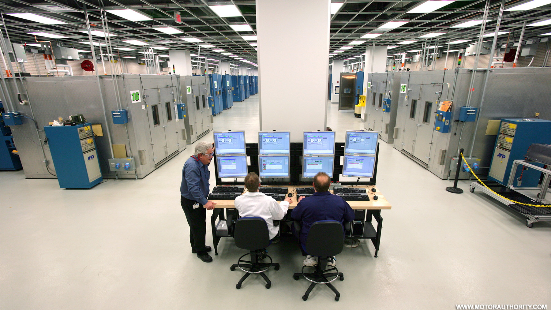 gm global battery systems lab 006