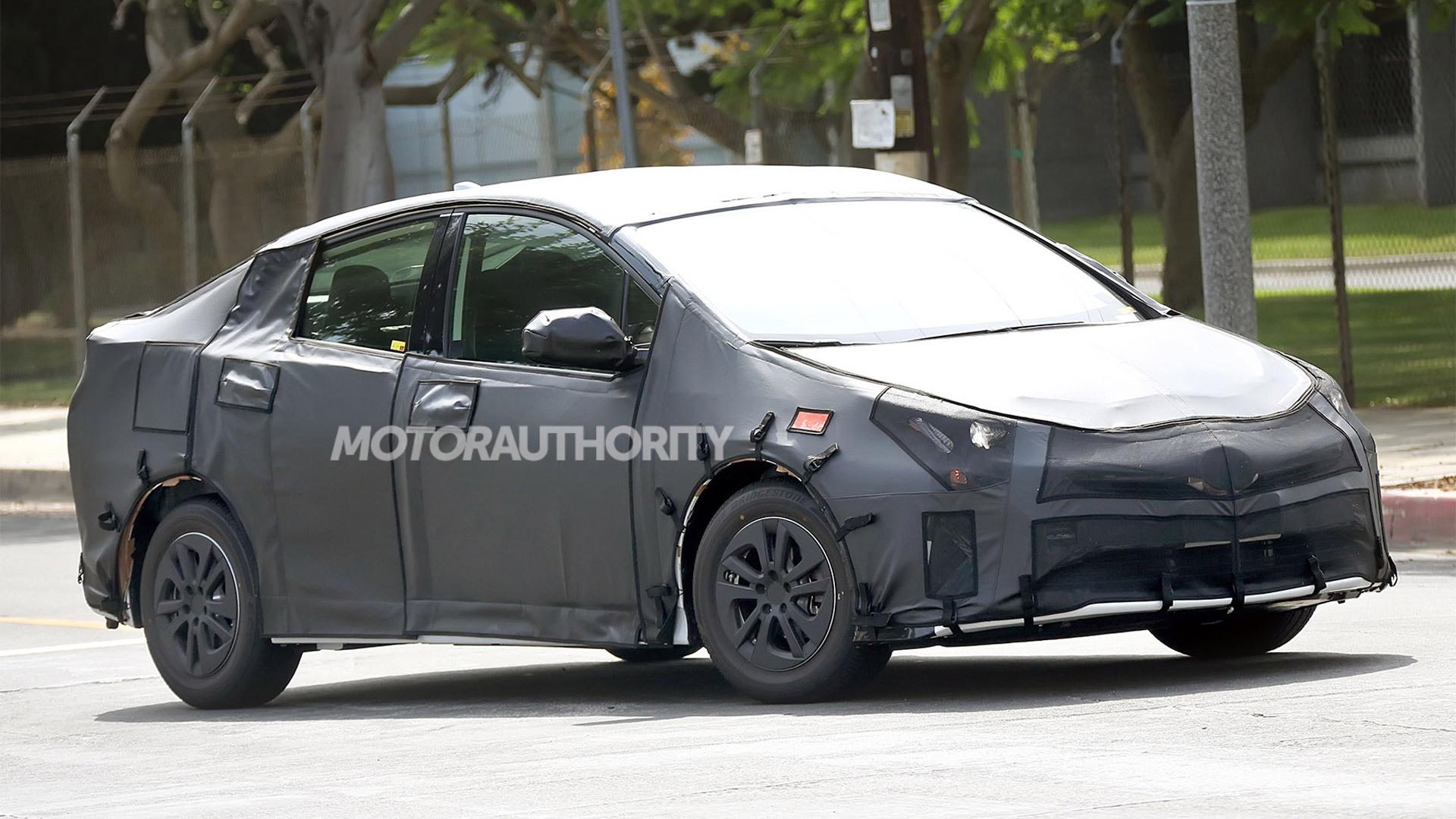 Spy Shots Toyota Prius Rumors
