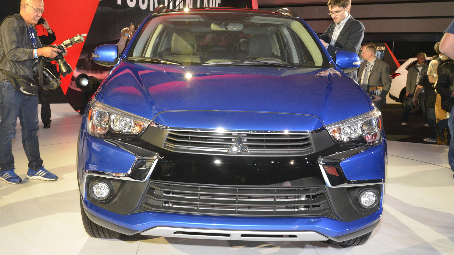 2016 Mitsubishi Outlander Sport, 2015 Los Angeles Auto Show