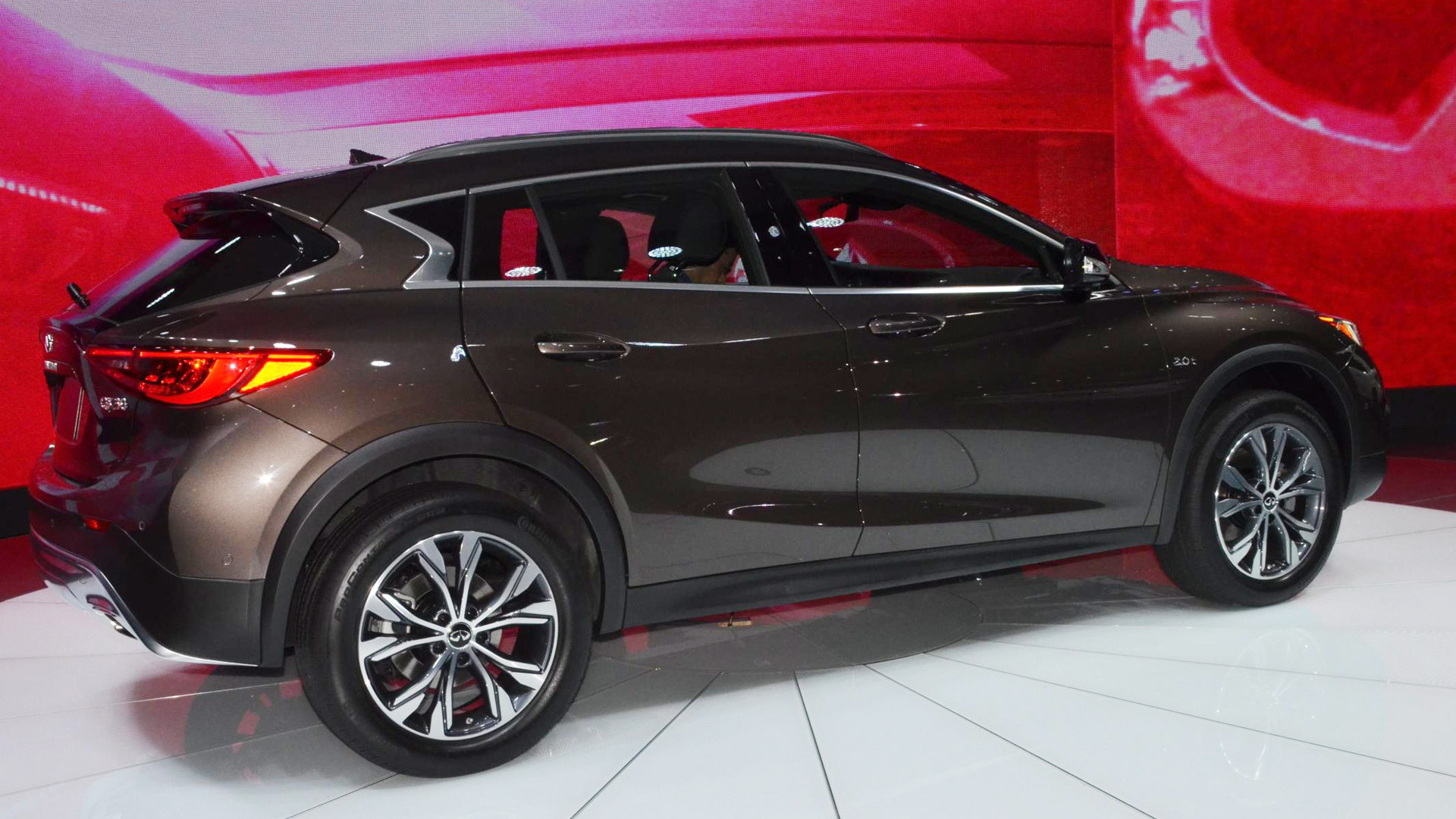 2017 Infiniti QX30, 2015 Los Angeles Auto Show