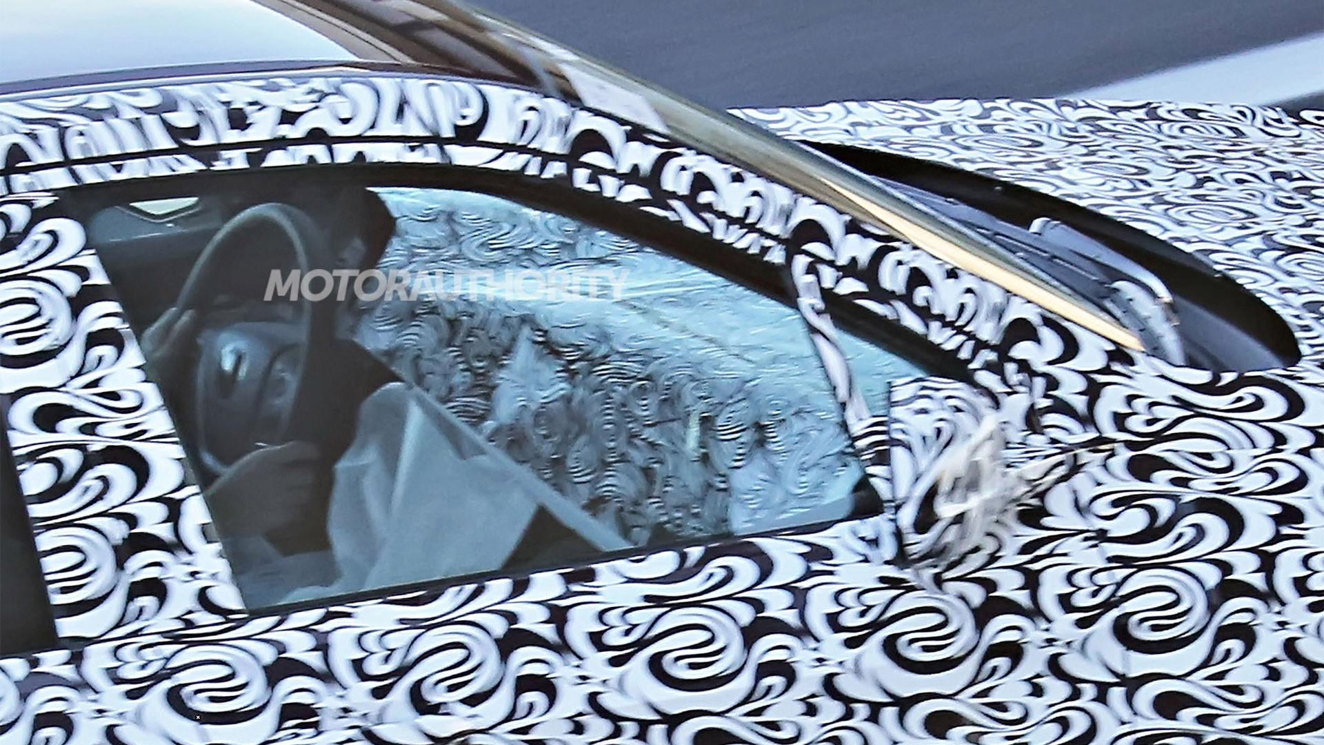 2017 Honda Ridgeline spy shots - Image via S. Baldauf/SB-Medien