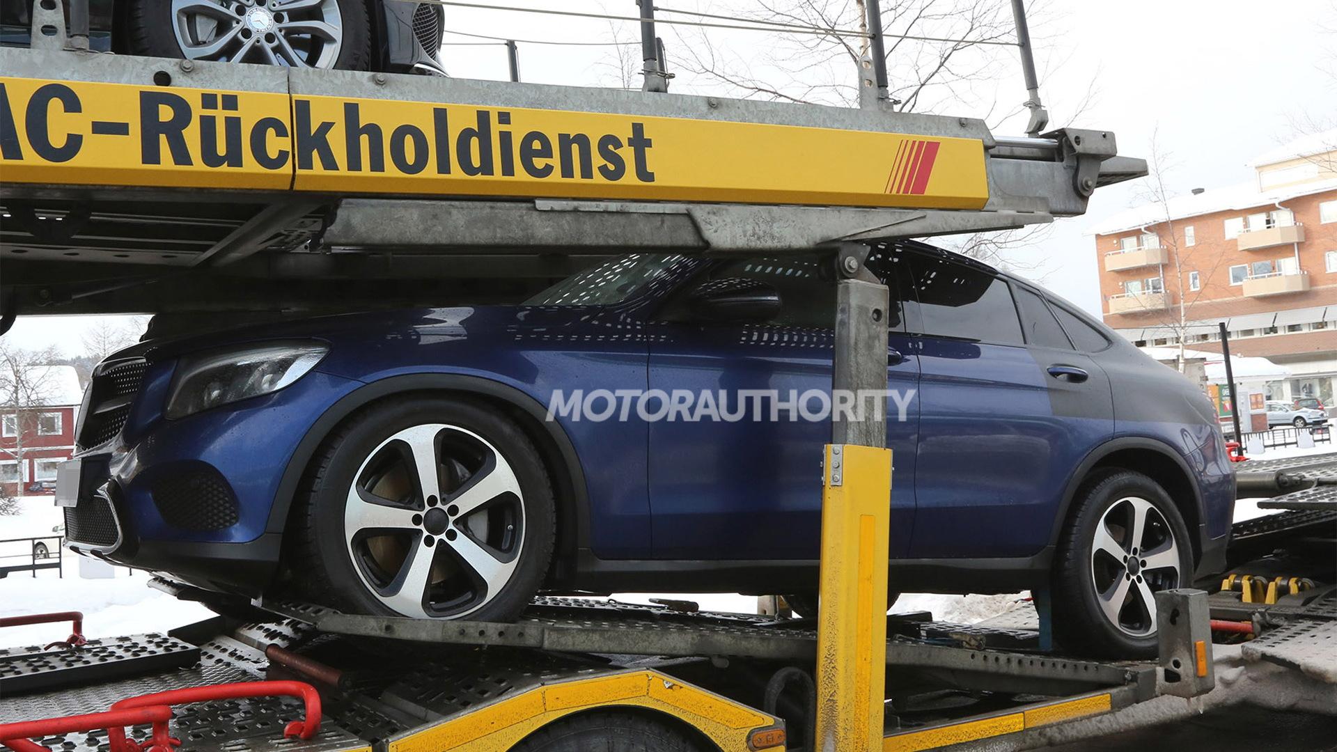 2017 Mercedes-Benz GLC Coupe spy shots - Image via S. Baldauf/SB-Medien
