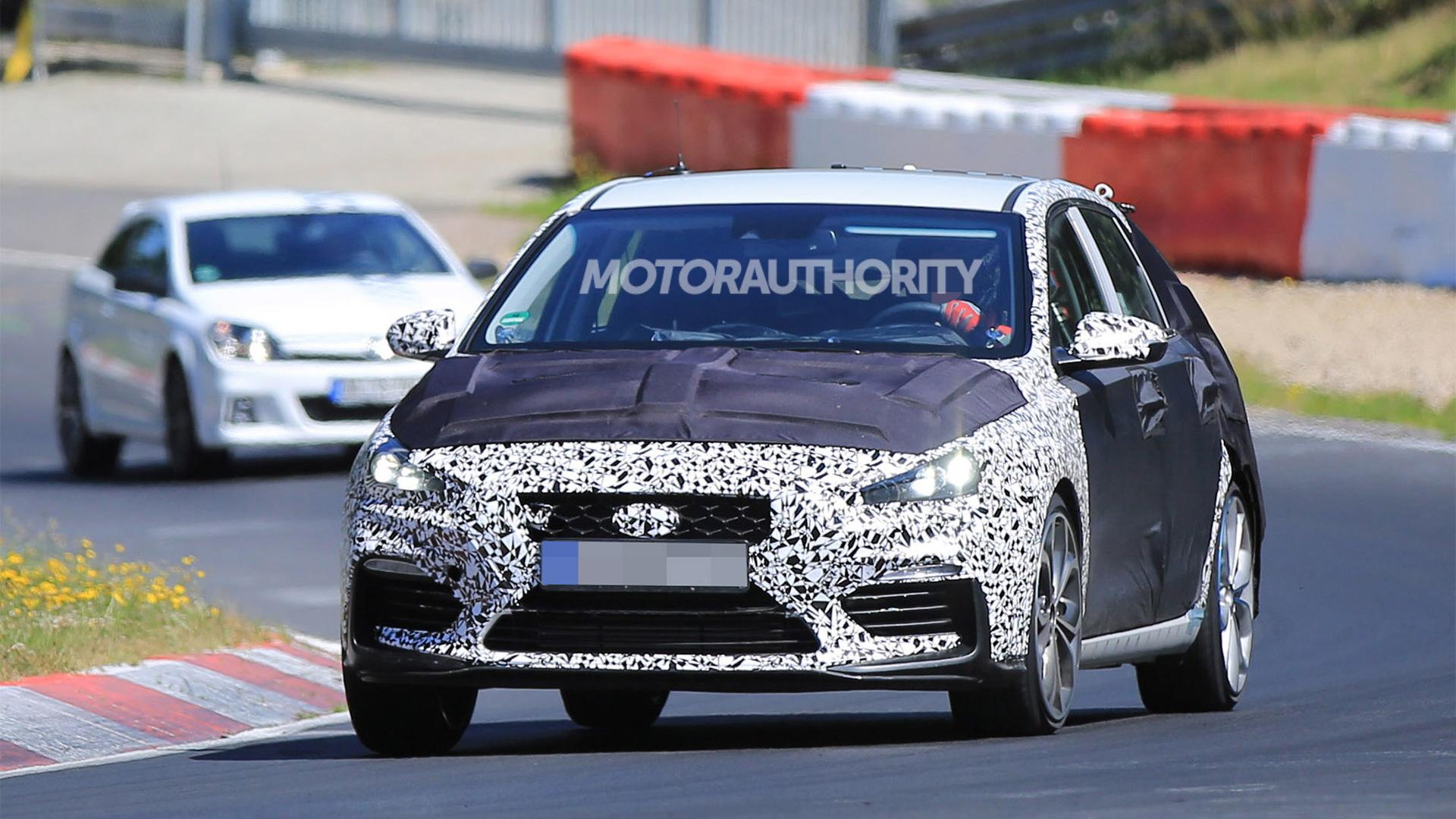 2018 Hyundai i30 N spy shots - Image via S. Baldauf/SB-Medien