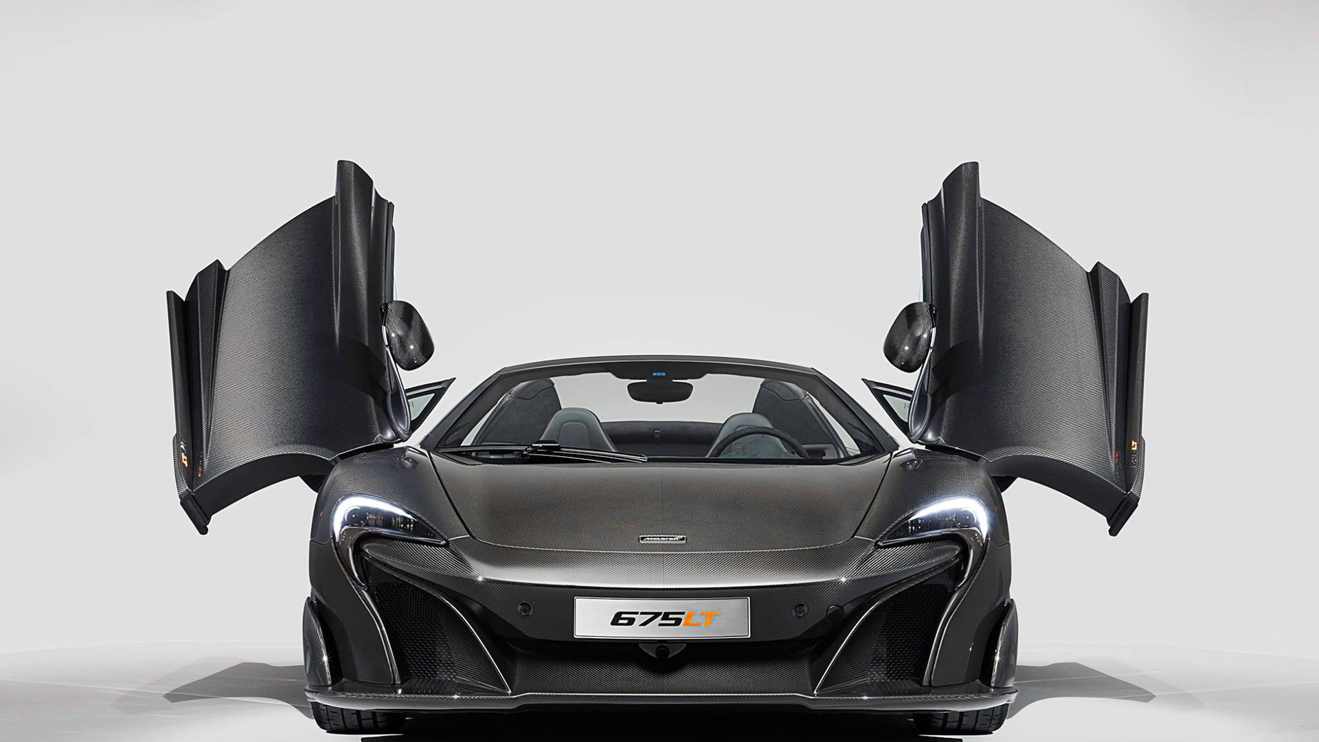 2017 McLaren MSO Carbon Series LT