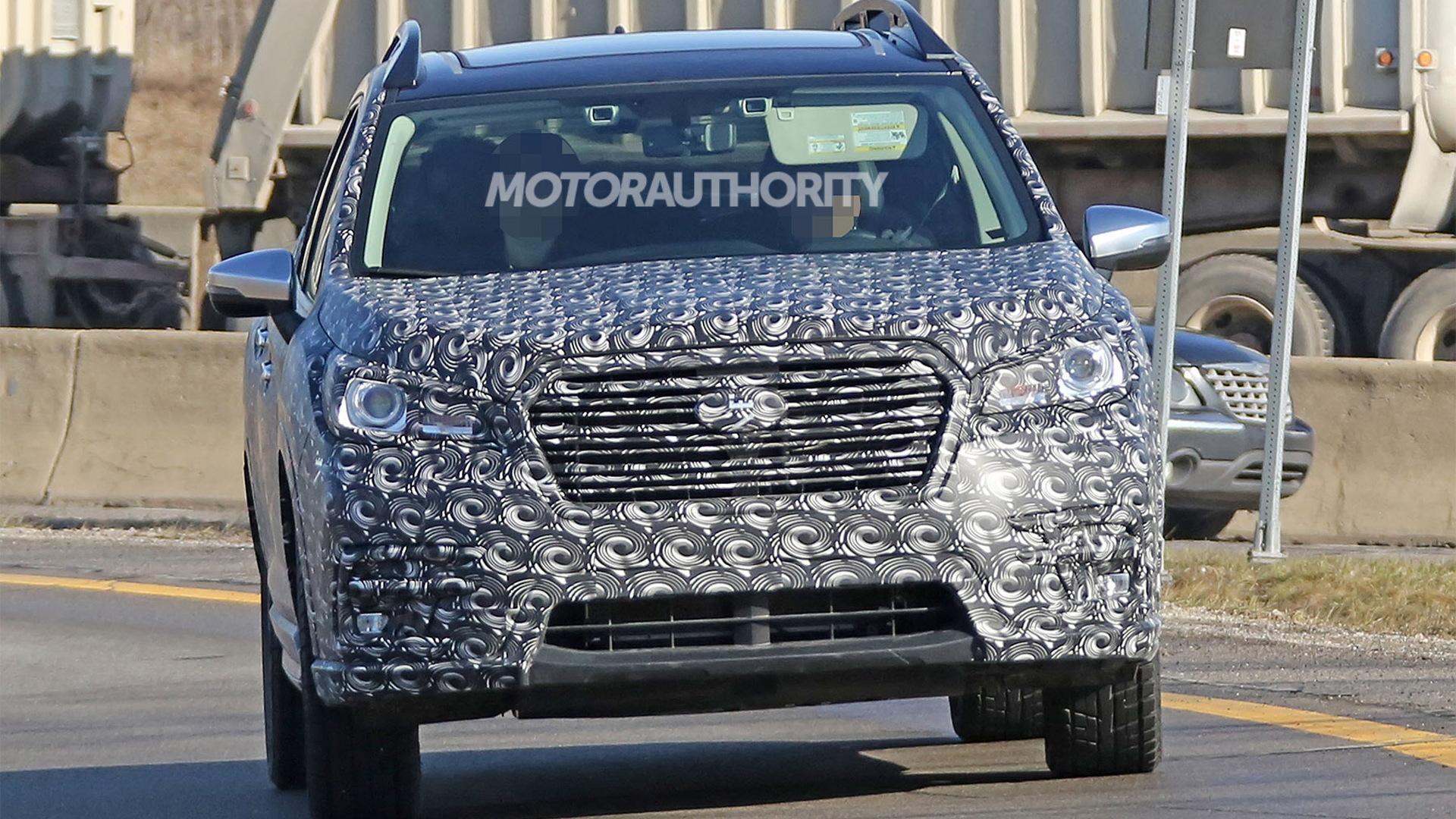 2019 Subaru Ascent spy shots - Image via S. Baldauf/SB-Medien