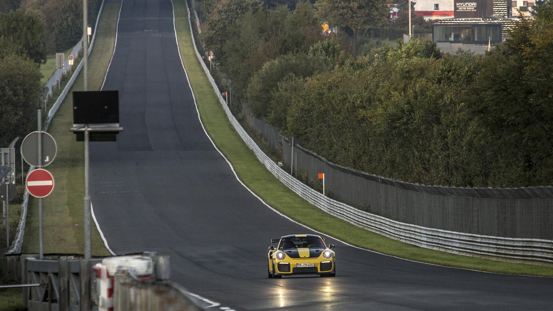 2018 Porsche 911 GT2 RS at the Nürburgring