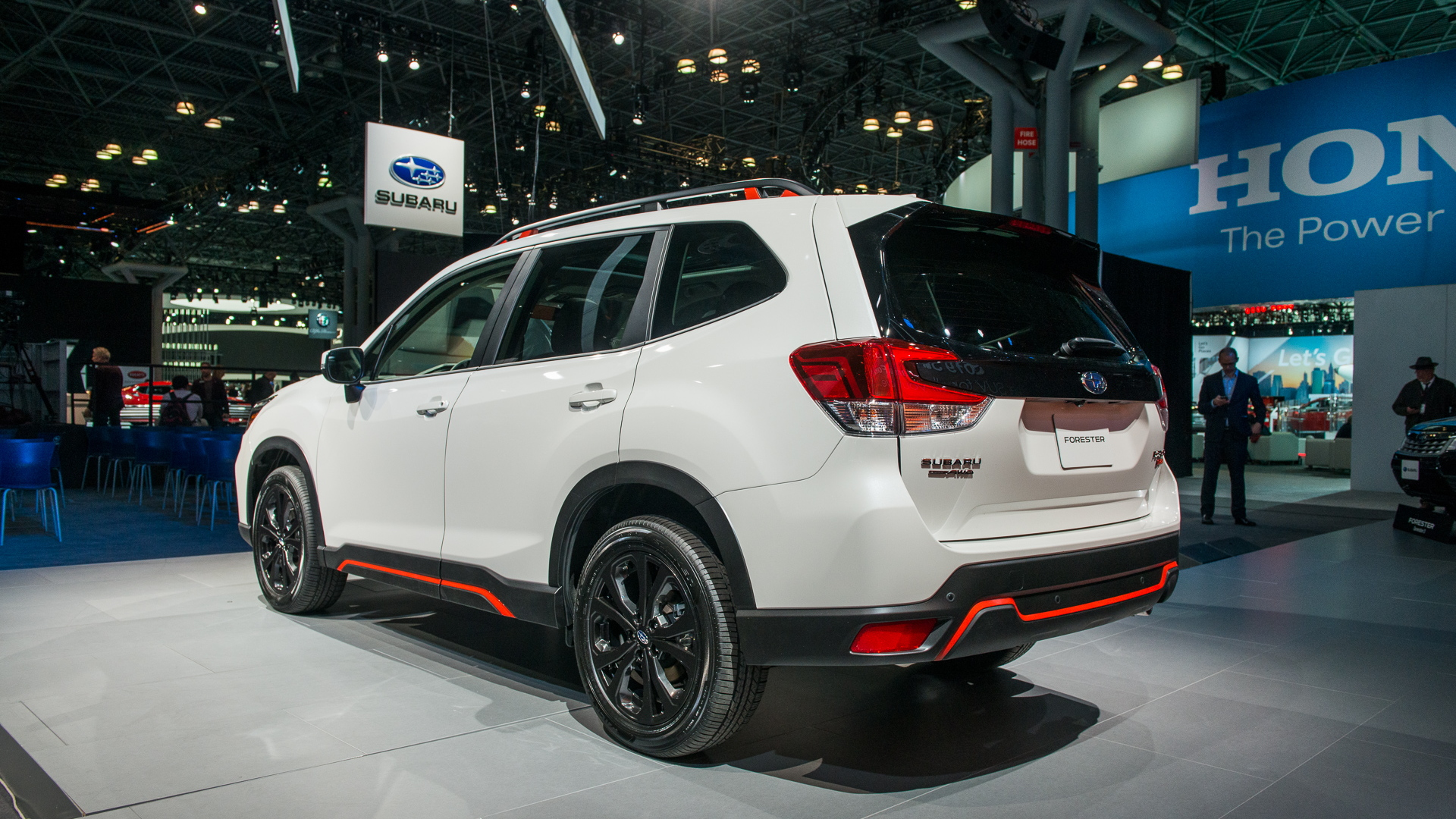 2019 Subaru Forester Grows Roomier Aims To Curb Distracted Driving