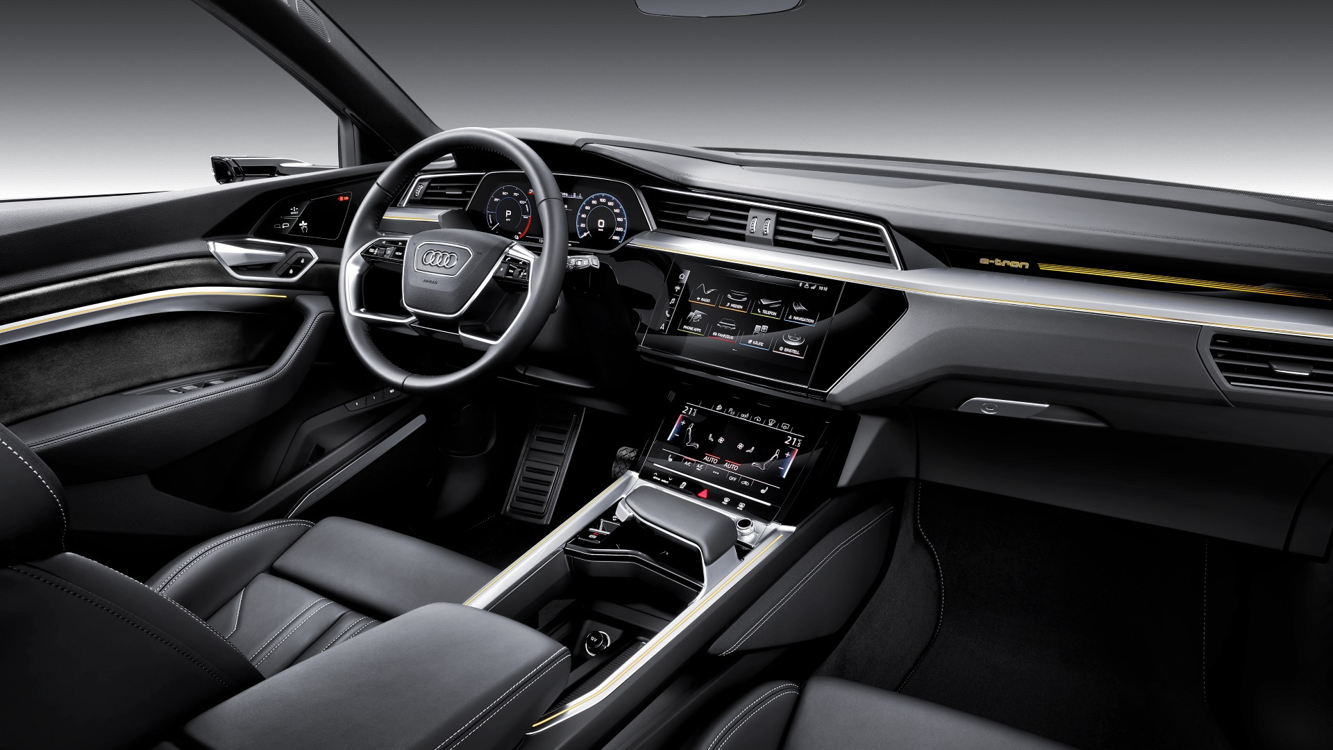 2019 Audi e-tron quattro, in European trim, at San Francisco launch event