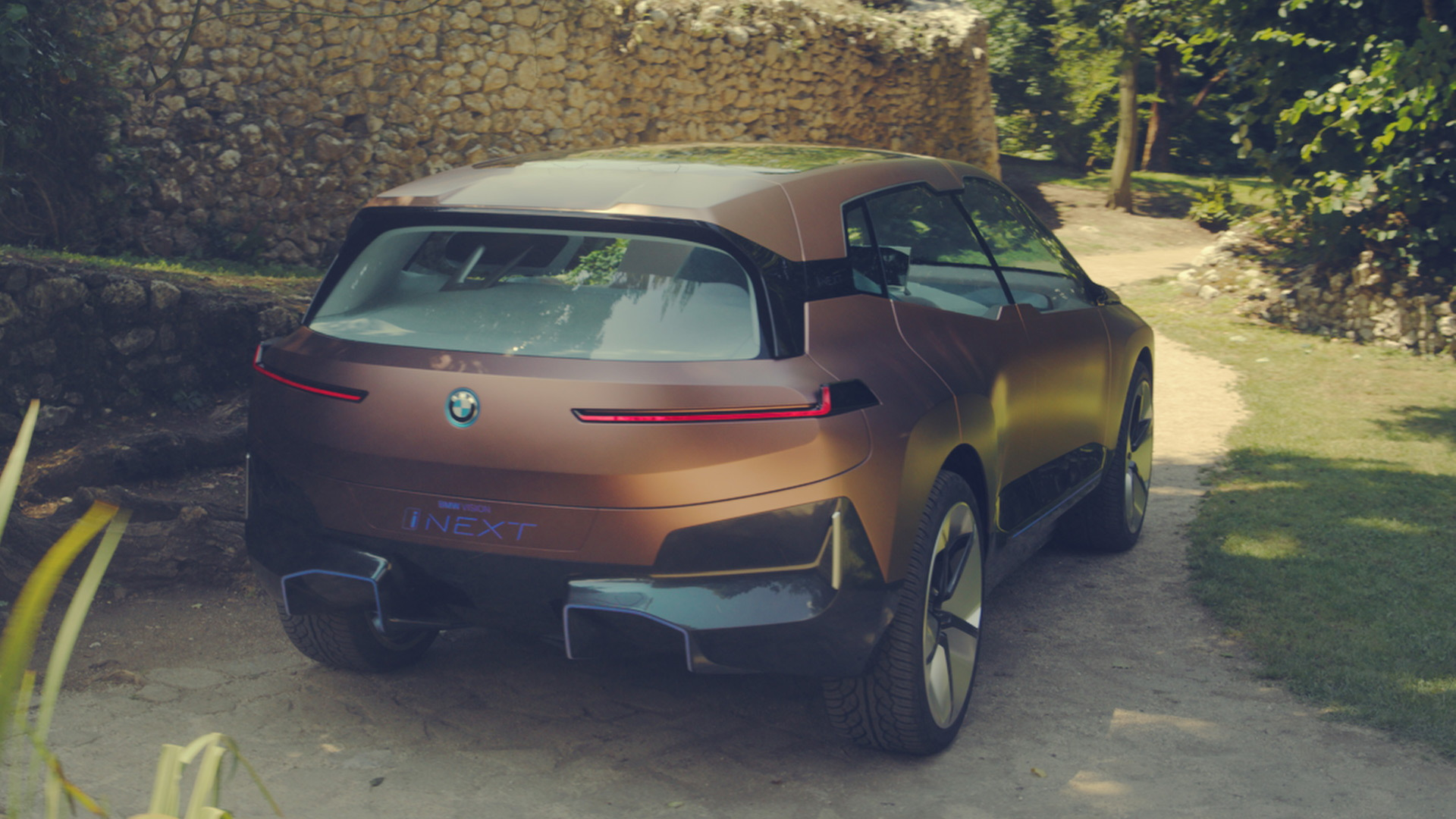 bmw vision inext previews electric self
