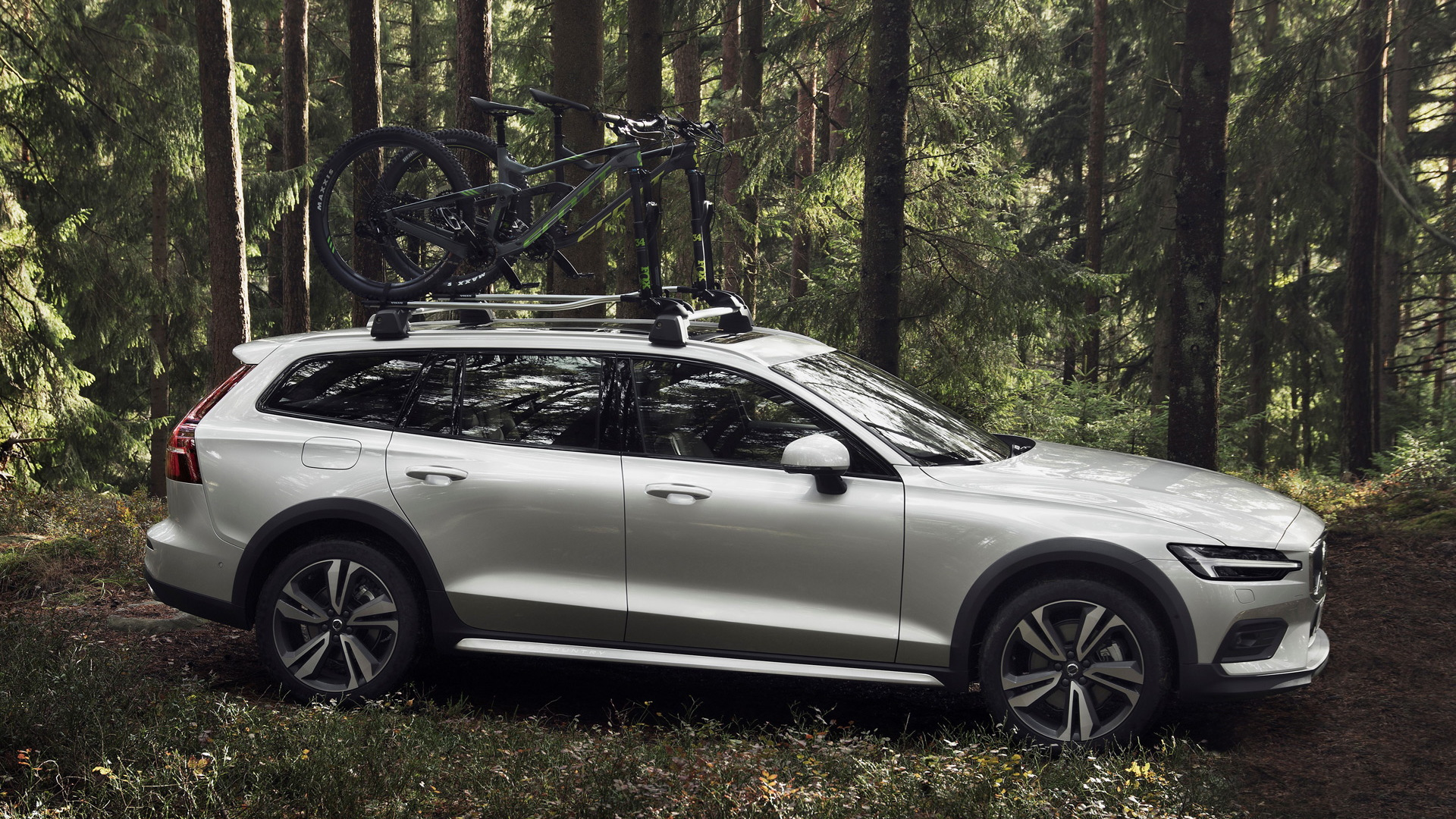 2020 Volvo V60 Cross Country Is Proof Suvs Aren T Always Necessary