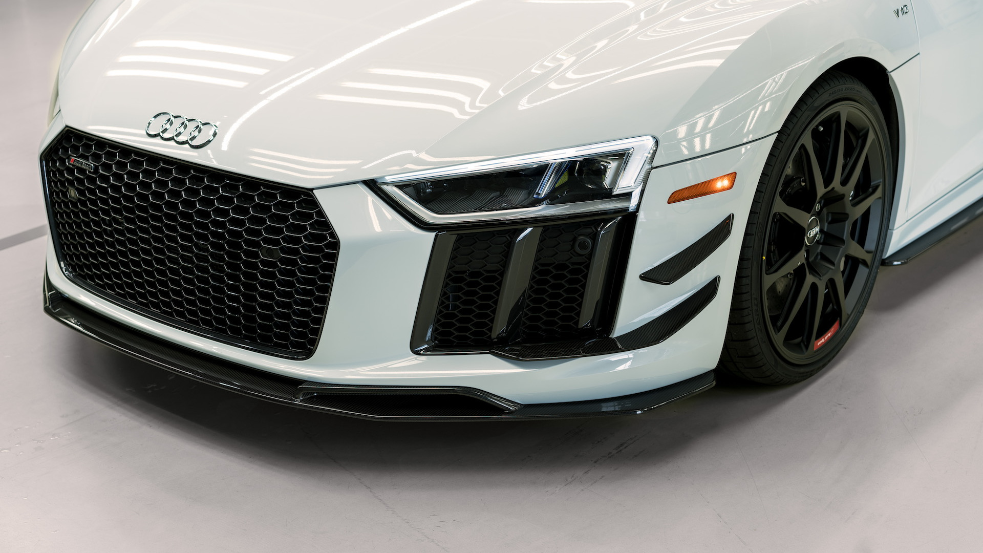 2018 Audi R8 V10 Plus Coupe Competition arrives, limited to 10 cars