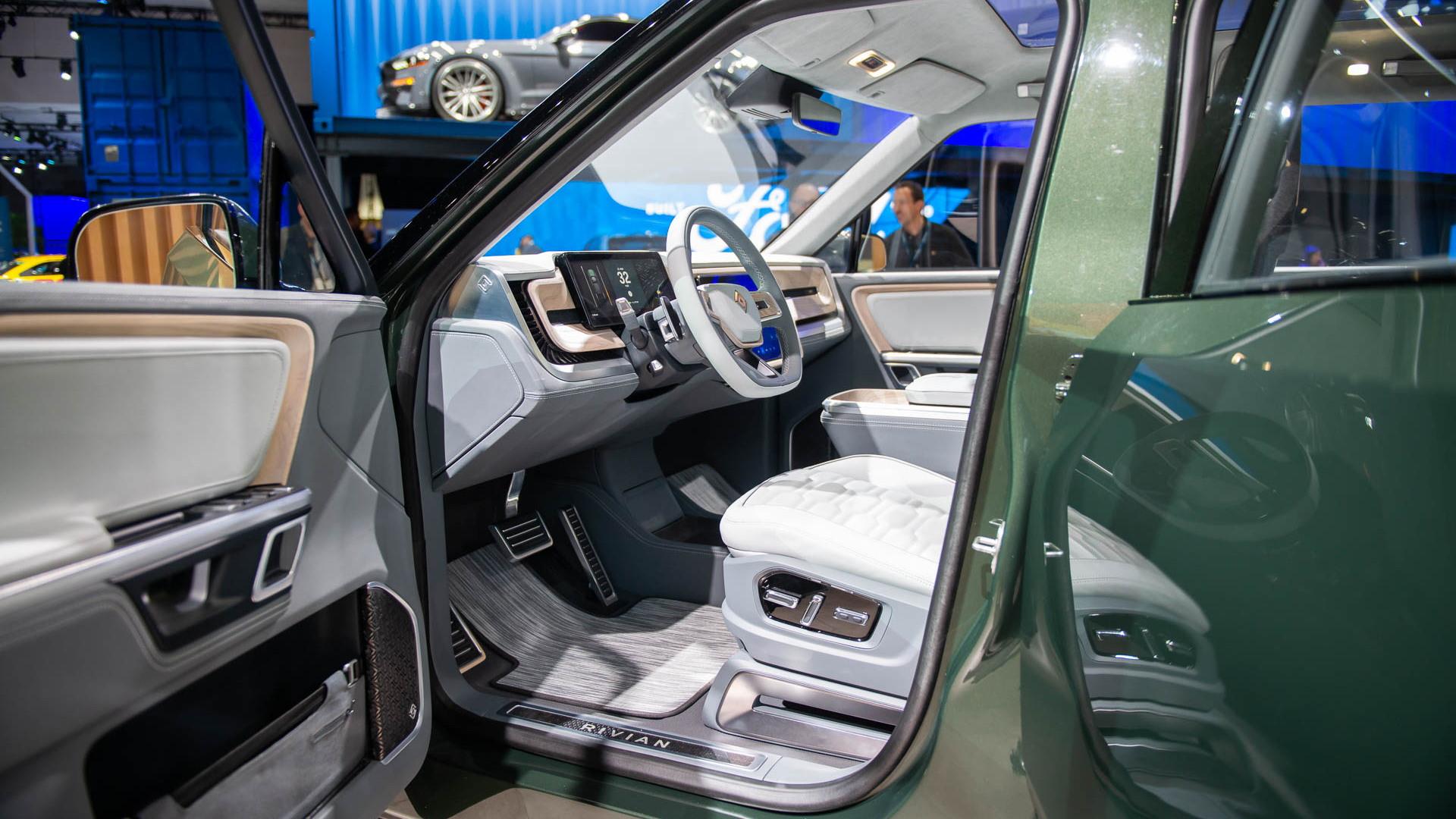 Rivian S1T, 2018 LA Auto Show