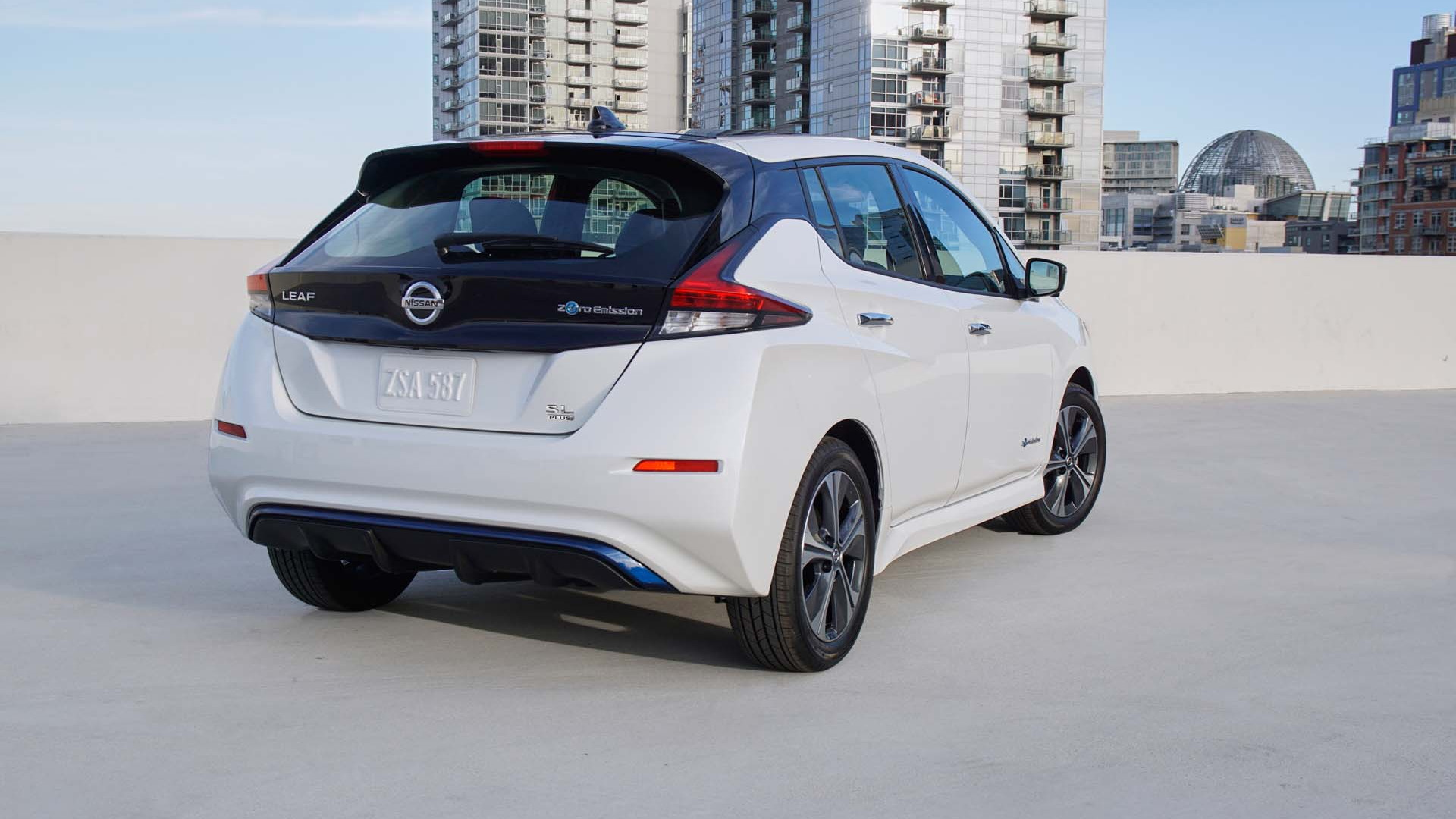 2019 Nissan Leaf Plus Vs Leaf A First Look At The Differences