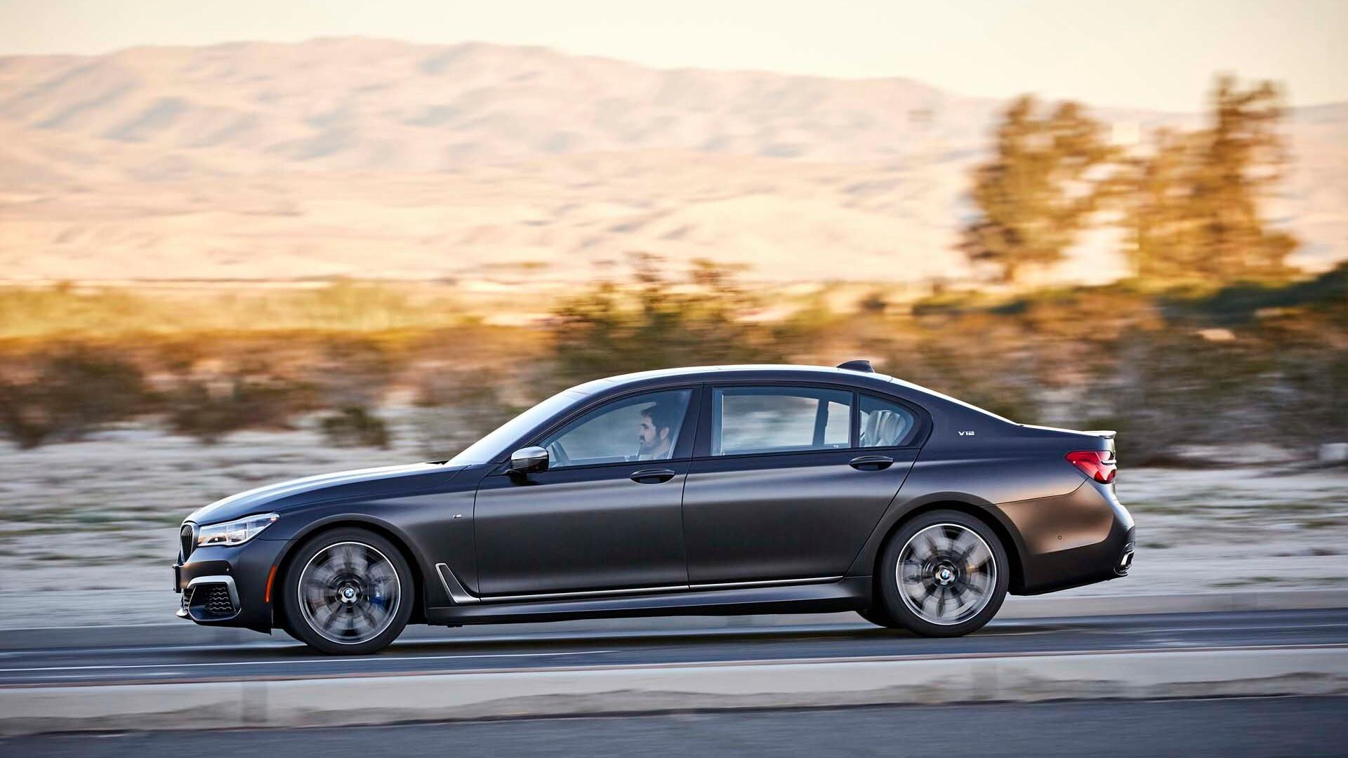 2019 BMW 7-Series (M760i)