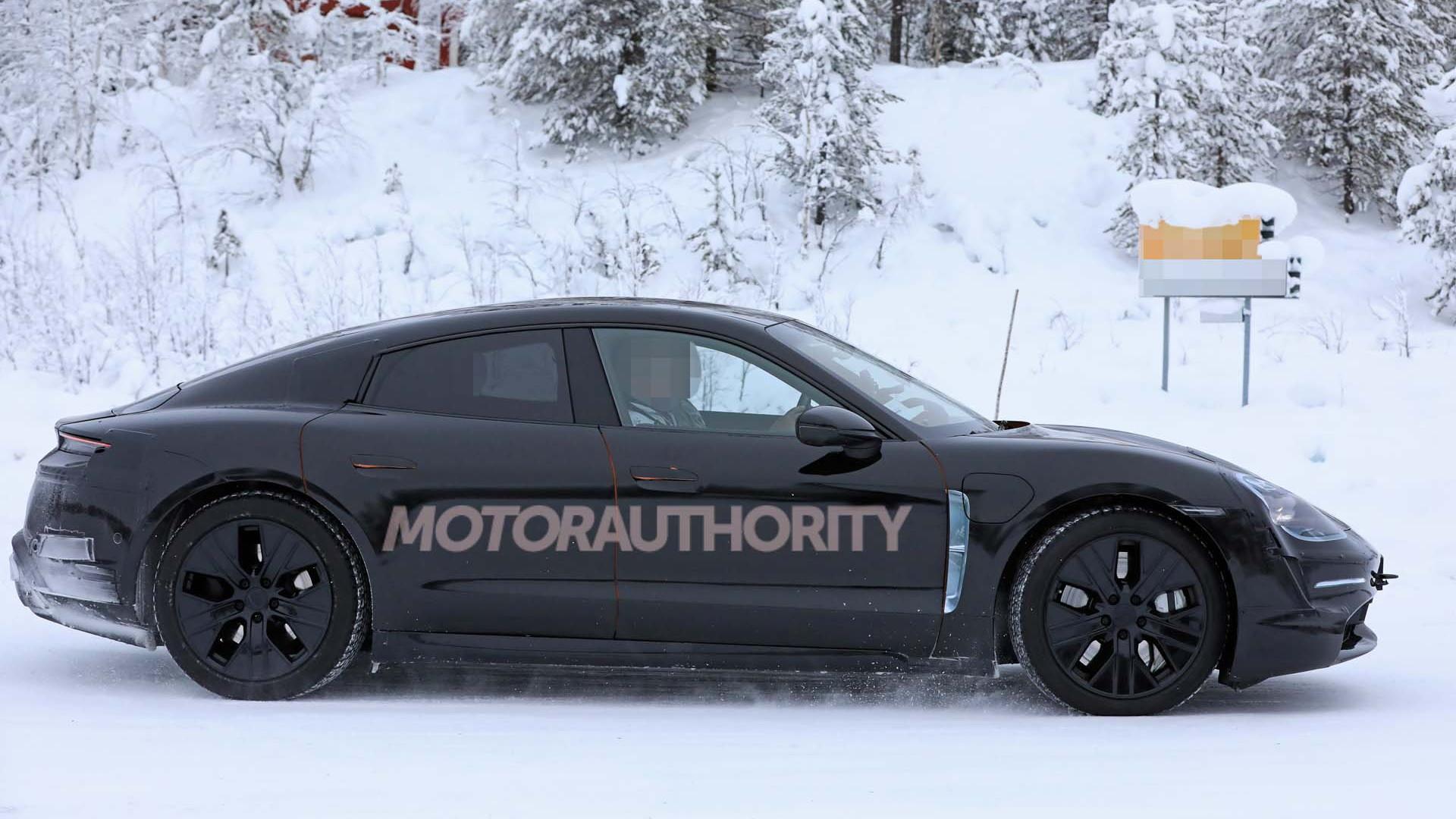 2020 Porsche Taycan spy shots