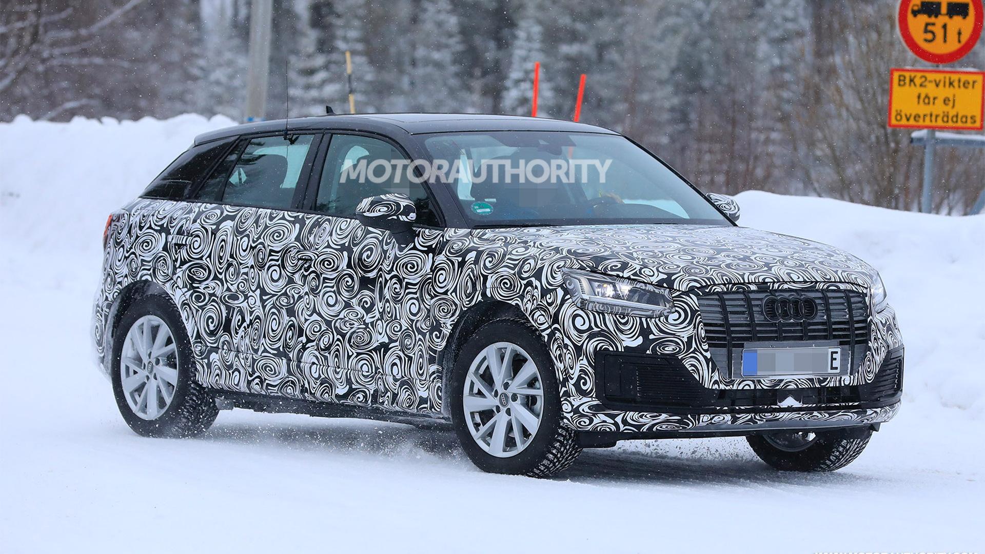 2019 Audi Q2 L e-tron spy shots - Image via S. Baldauf/SB-Medien