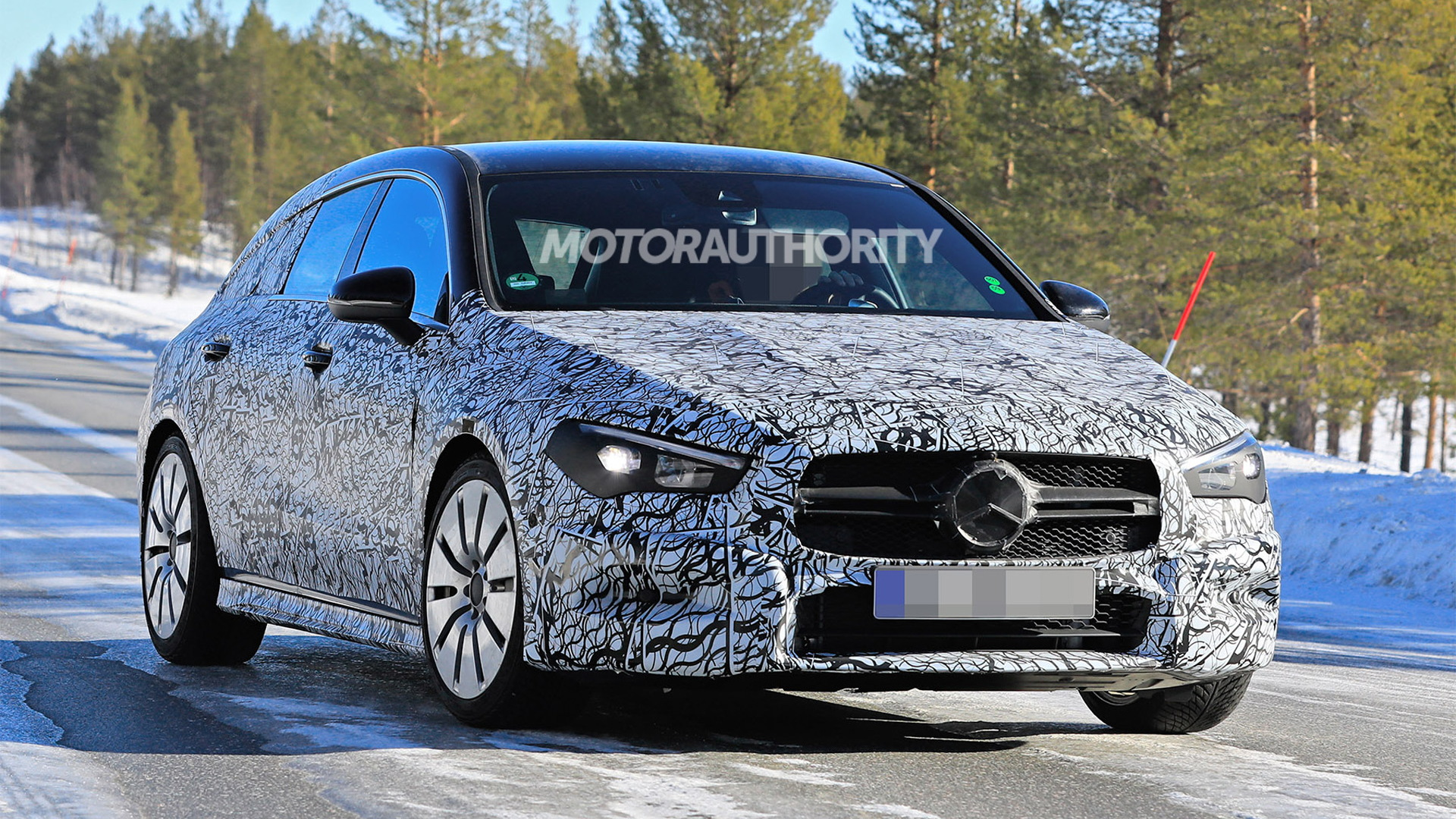 2020 Mercedes-AMG CLA35 Shooting Brake spy shots - Image via S. Baldauf/SB-Medien