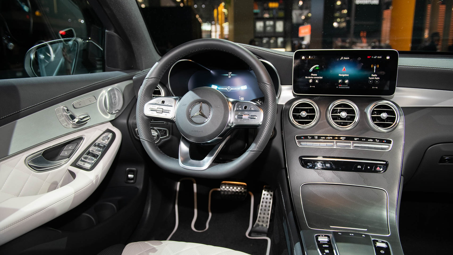 2020 Mercedes-Benz GLC300, 2019 New york International Auto Show