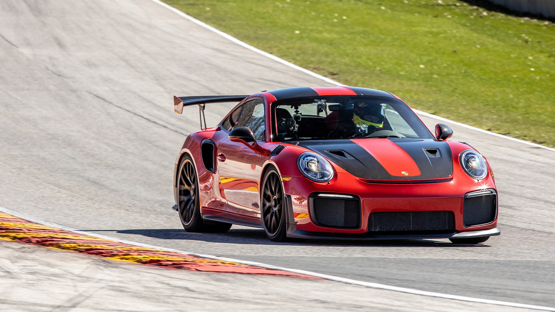 2018 Porsche 911 GT2 RS at Road America