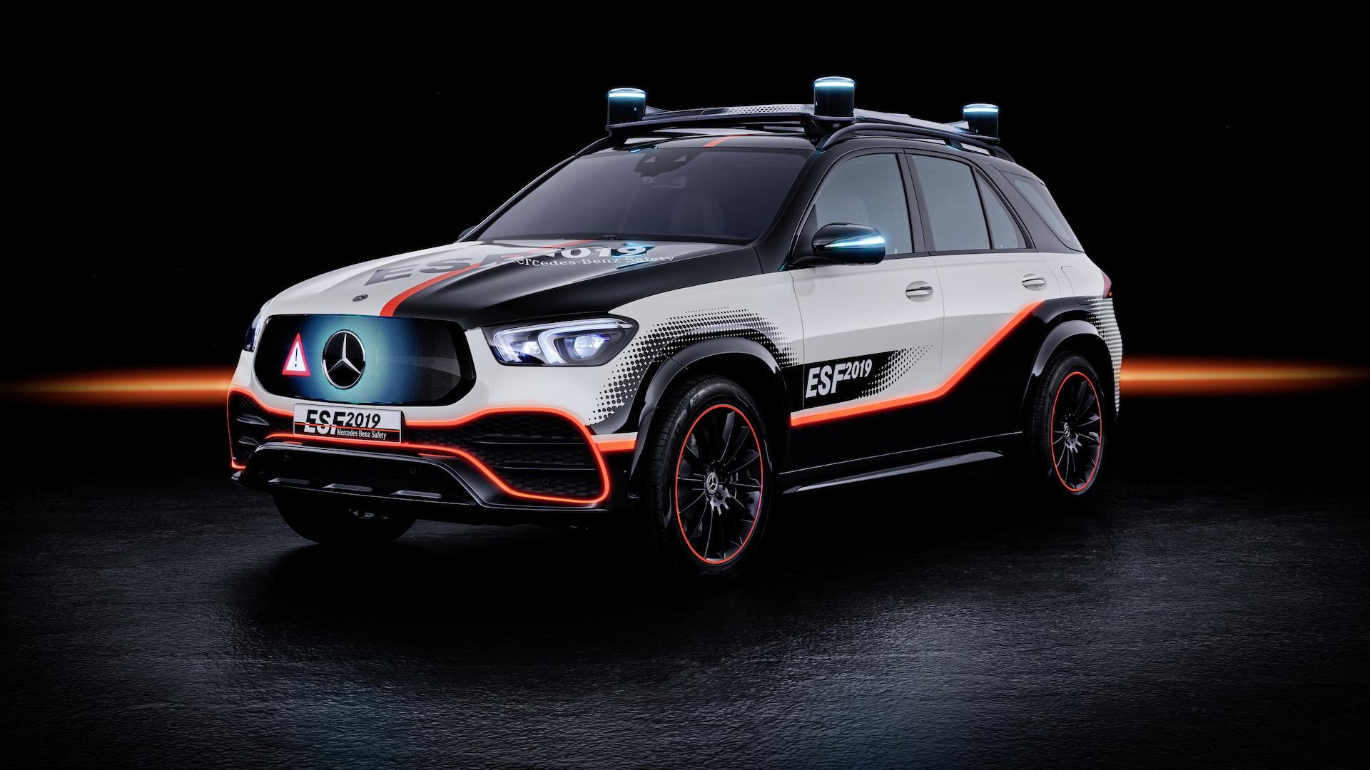 Mercedes-Benz ESF 2019 safety car concept