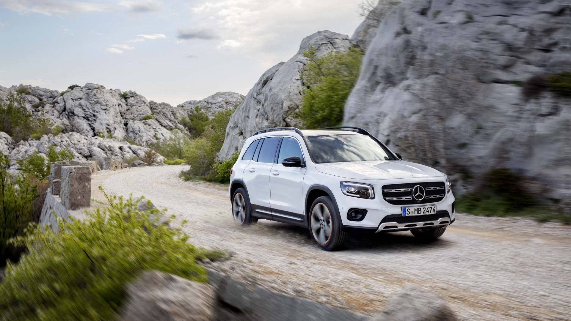 Mercedes doubles down on compact SUVs with 2020 GLB