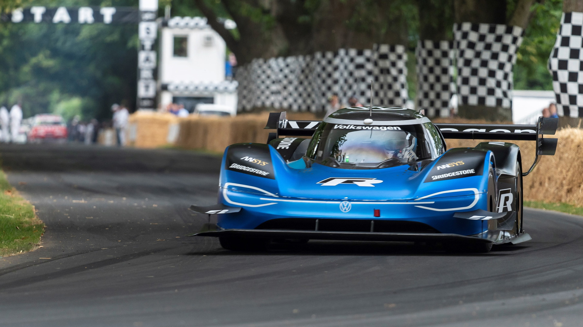 R Improves Goodwood Hill Record To 39.9 Seconds