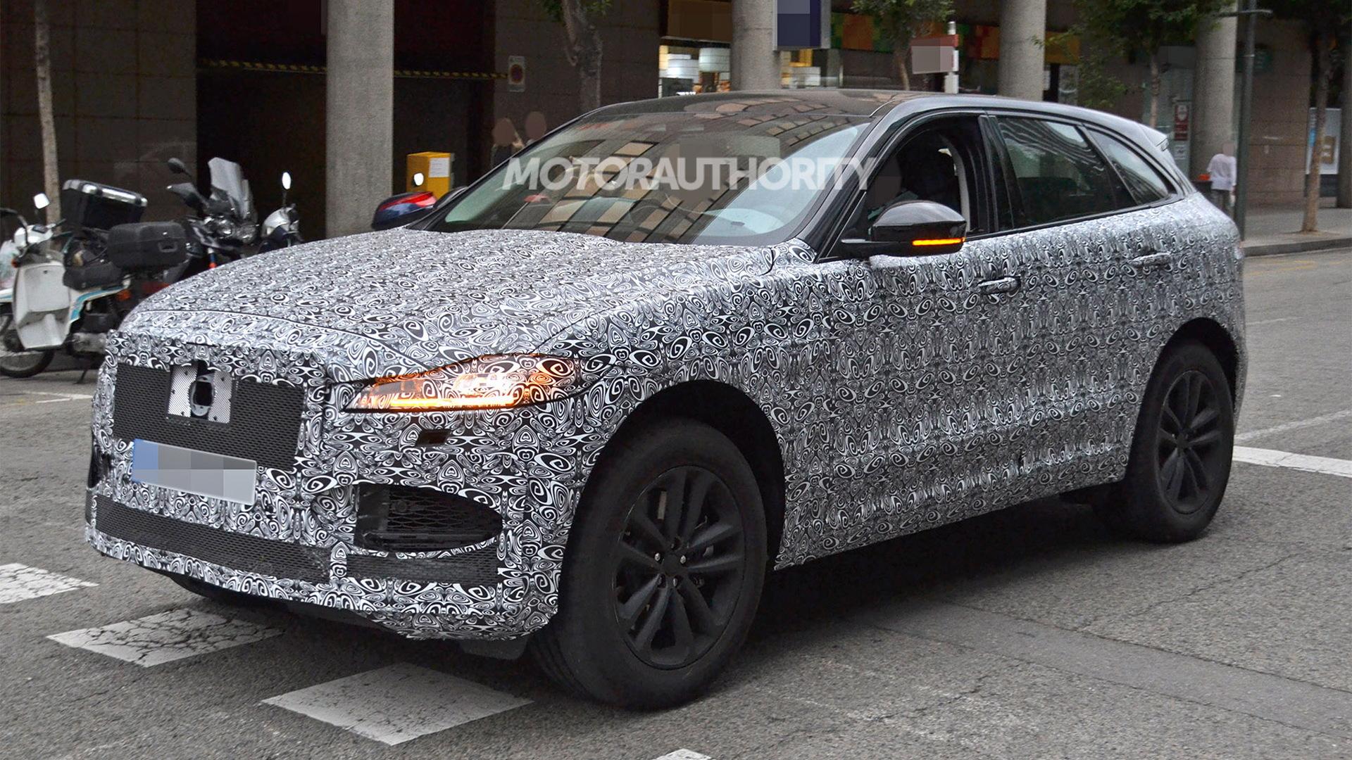 2021 Jaguar F-Pace facelift spy shots - Photo credit: S. Baldauf/SB-Medien