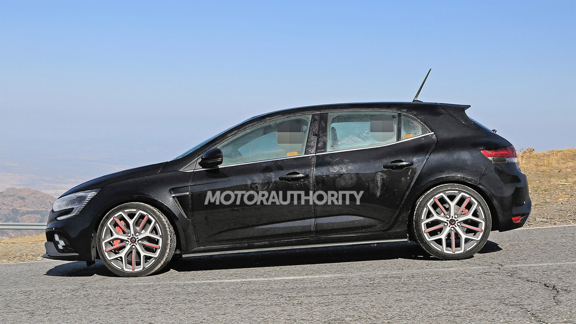 2020 Renault Megane RS facelift spy shots - Photo credit: S. Baldauf/SB-Medien