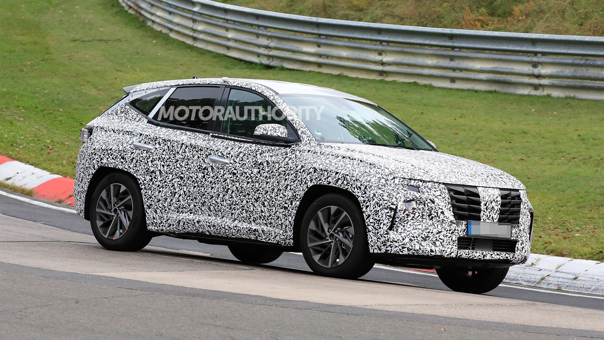 2022 Hyundai Tucson spy shots - Photo credit: S. Baldauf/SB-Medien