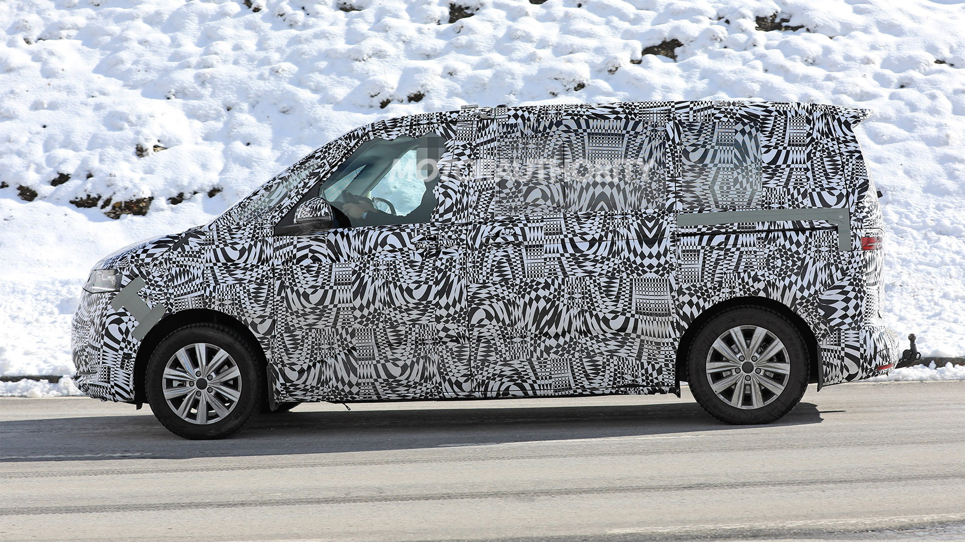 cheap price best sneakers high quality 2021 Volkswagen Transporter (T7) spy shots