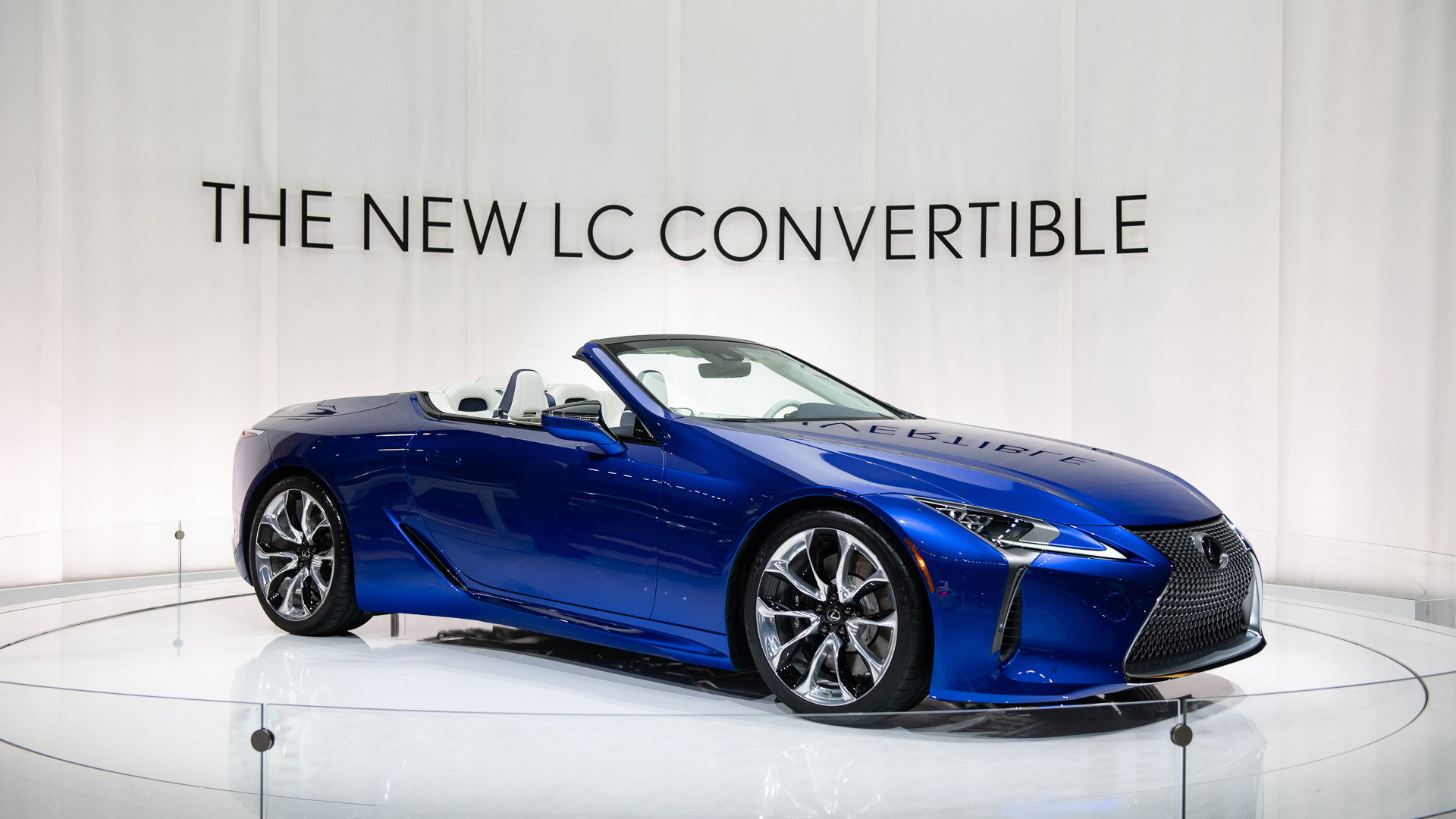 2021 Lexus LC 500 Convertible is a gorgeous V-8 drop-top