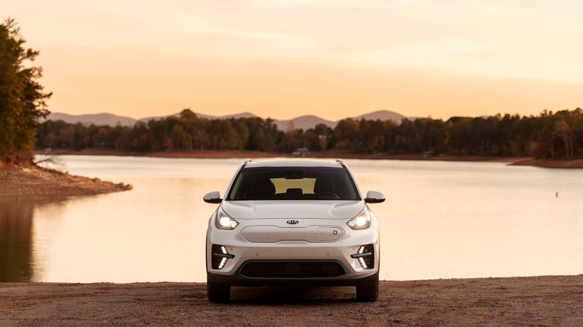 2019 Kia Niro EV - Best Car To Buy 2020
