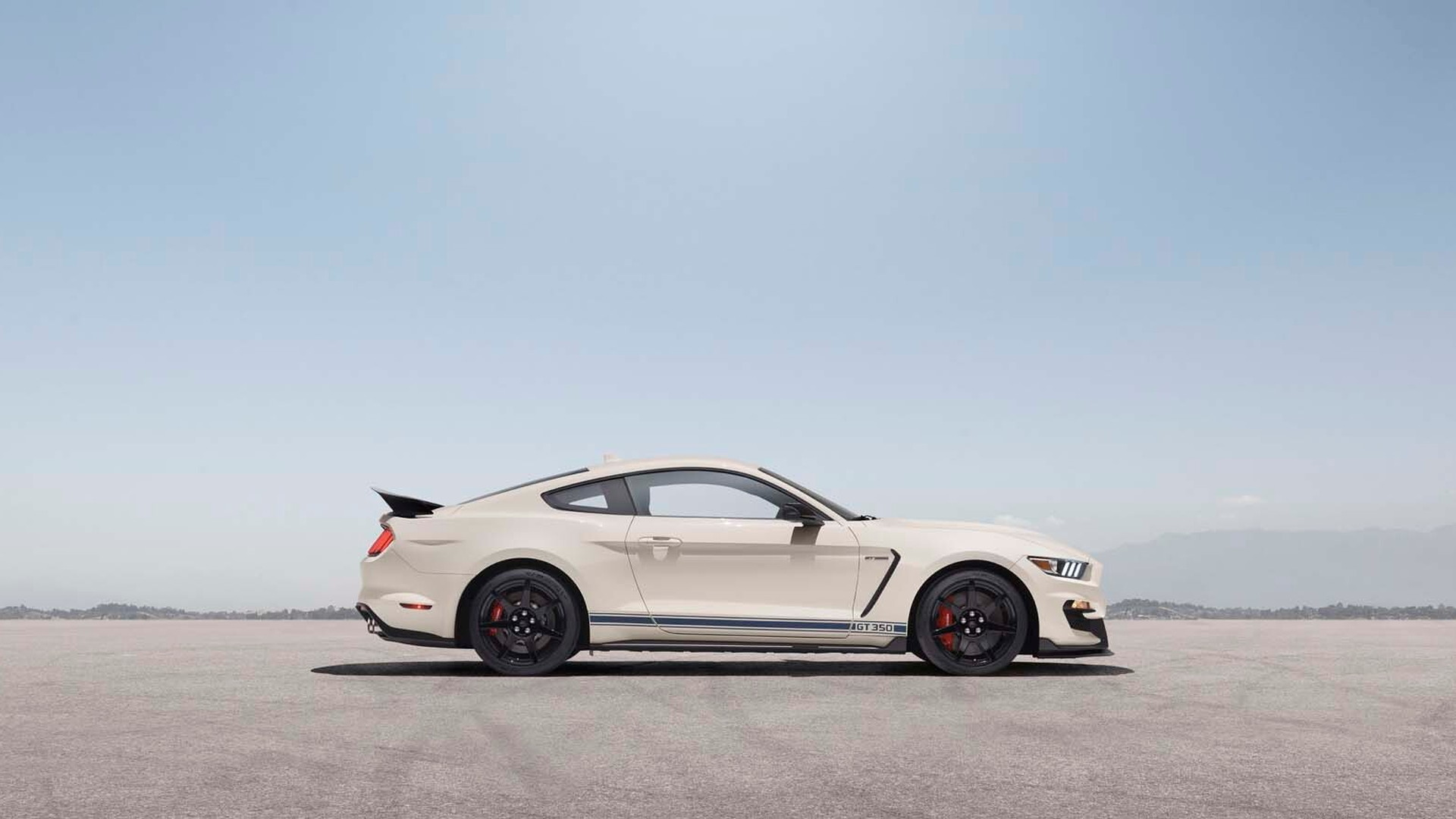 2020 Ford Mustang Shelby GT350 Heritage Edition Package
