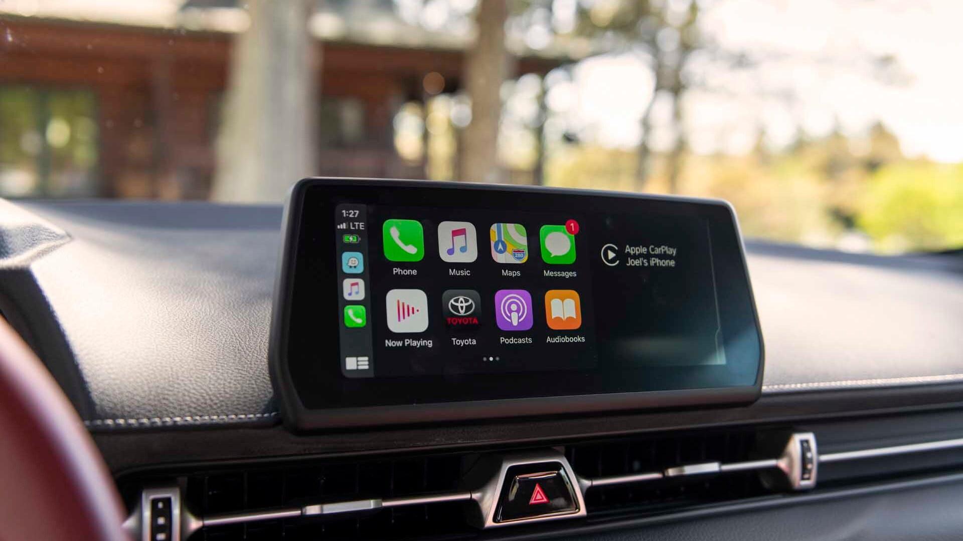 2020 Toyota Supra Apple CarPlay