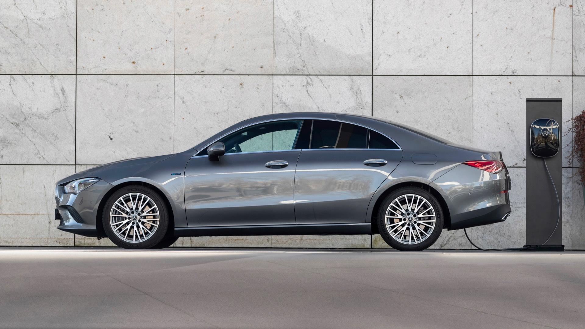 Mercedes-Benz CLA250e