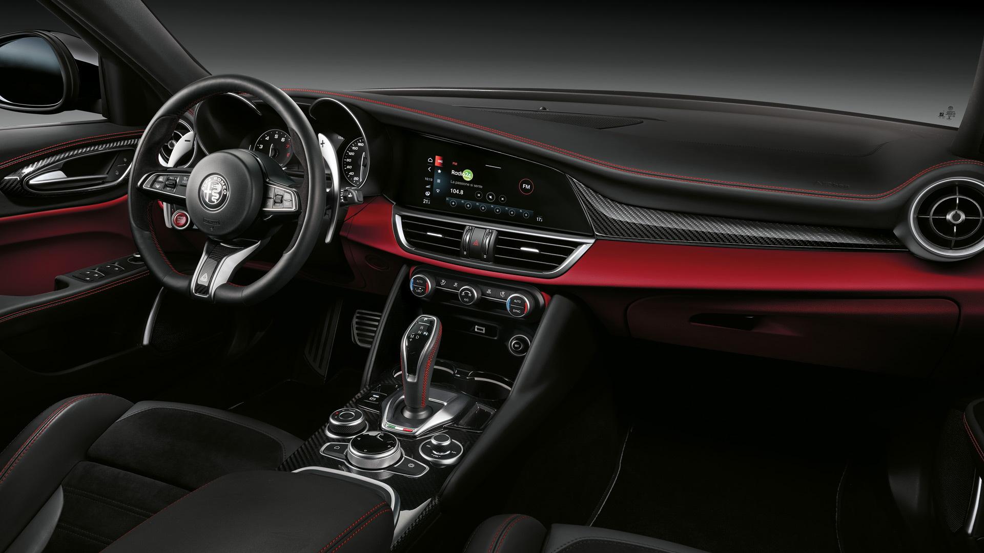 2021 Alfa Romeo Giulia Price and Review