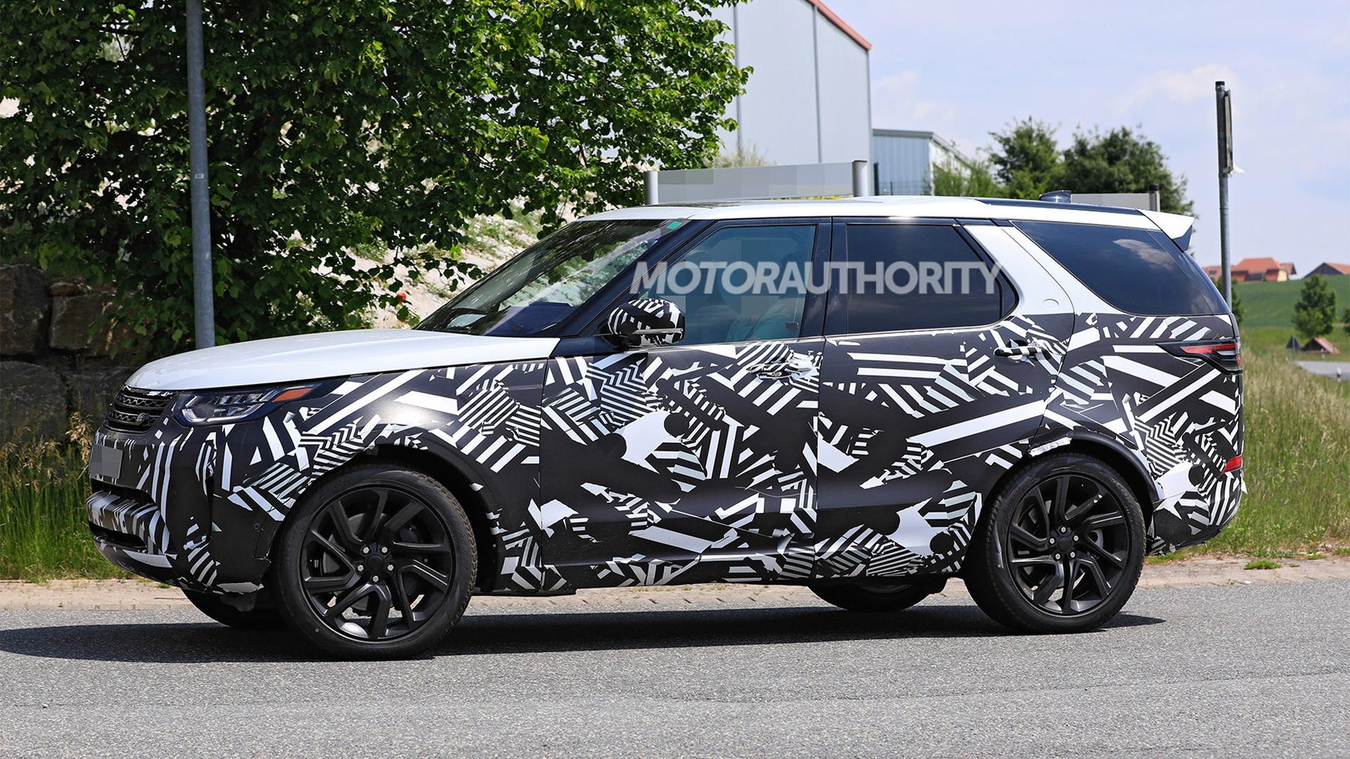 2021 Land Rover Discovery facelift spy shots - Photo credit:S. Baldauf/SB-Medien