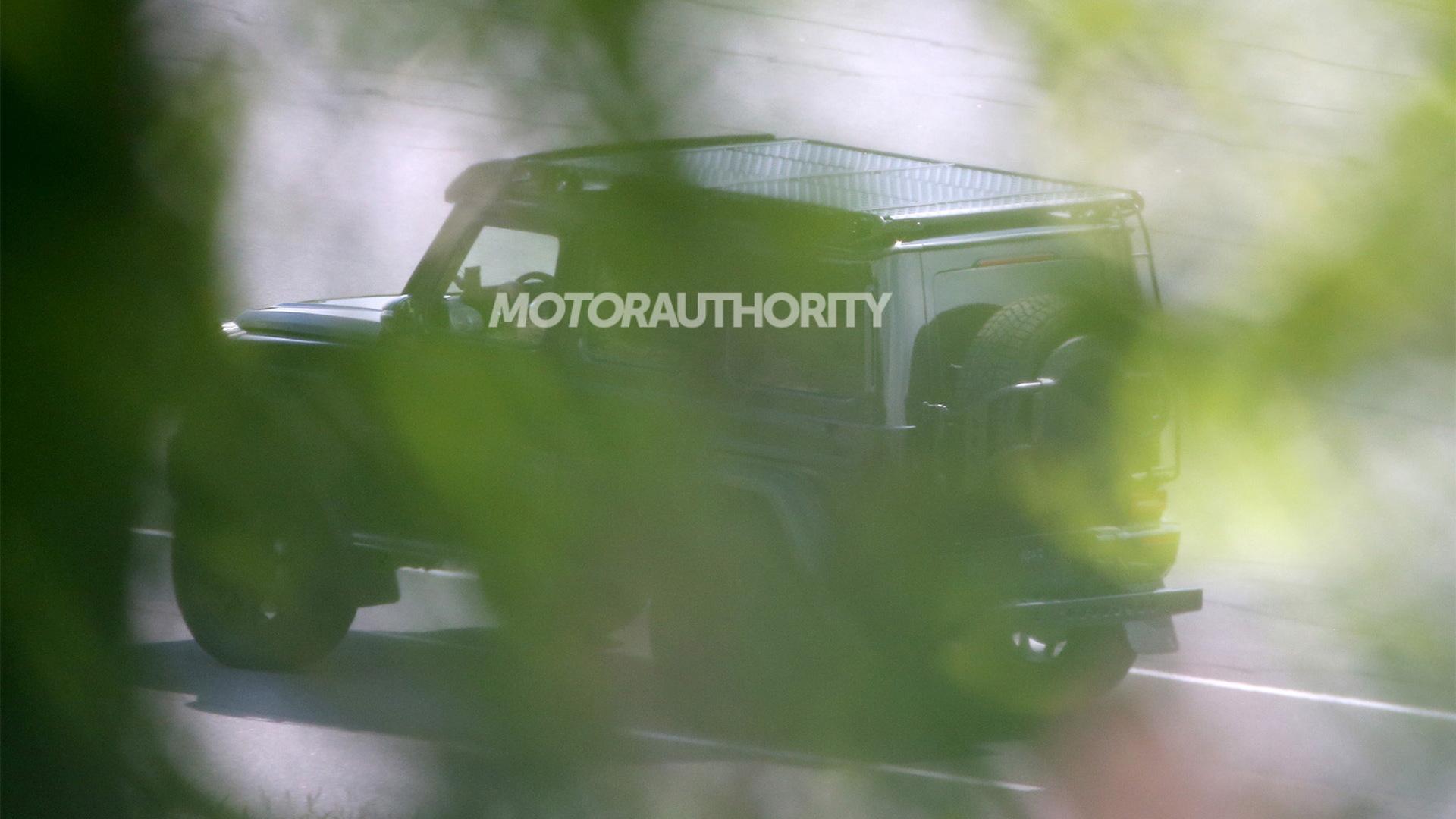 New Mercedes-Benz G550 4x4 Squared spy shots - Photo credit: S. Baldauf/SB-Medien