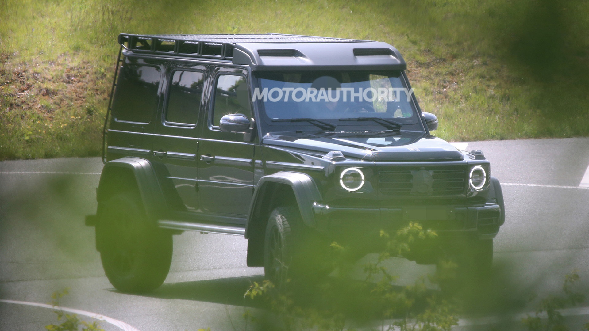 New Mercedes-Benz G550 4x4 Squared spy shots - Photo credit: S. Baldauf/SB-Medien