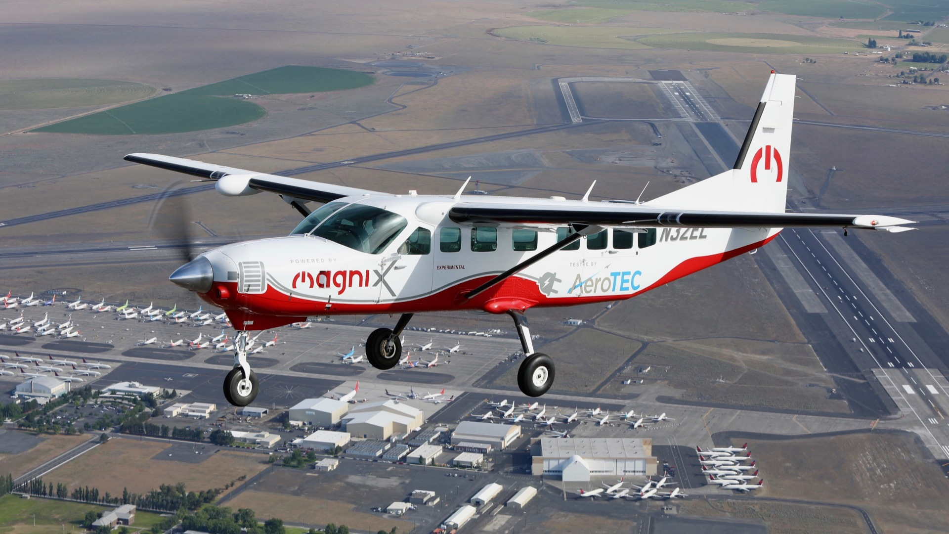 Electric Cessna Caravan (Photo by MagniX)
