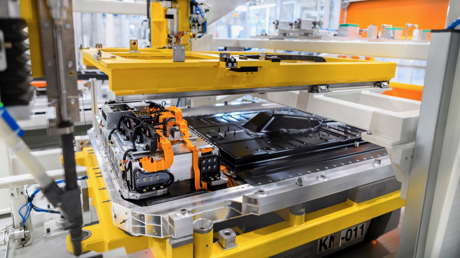 Mercedes-Benz battery production