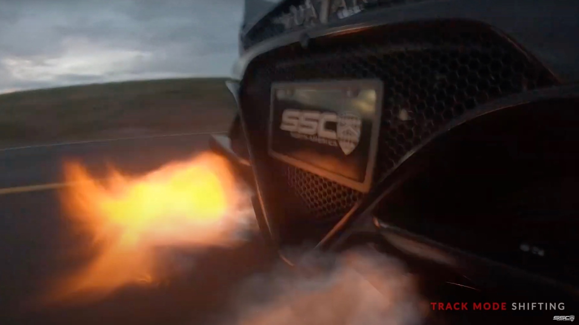 SSC Tuatara shoots fire while shifting in Track Mode