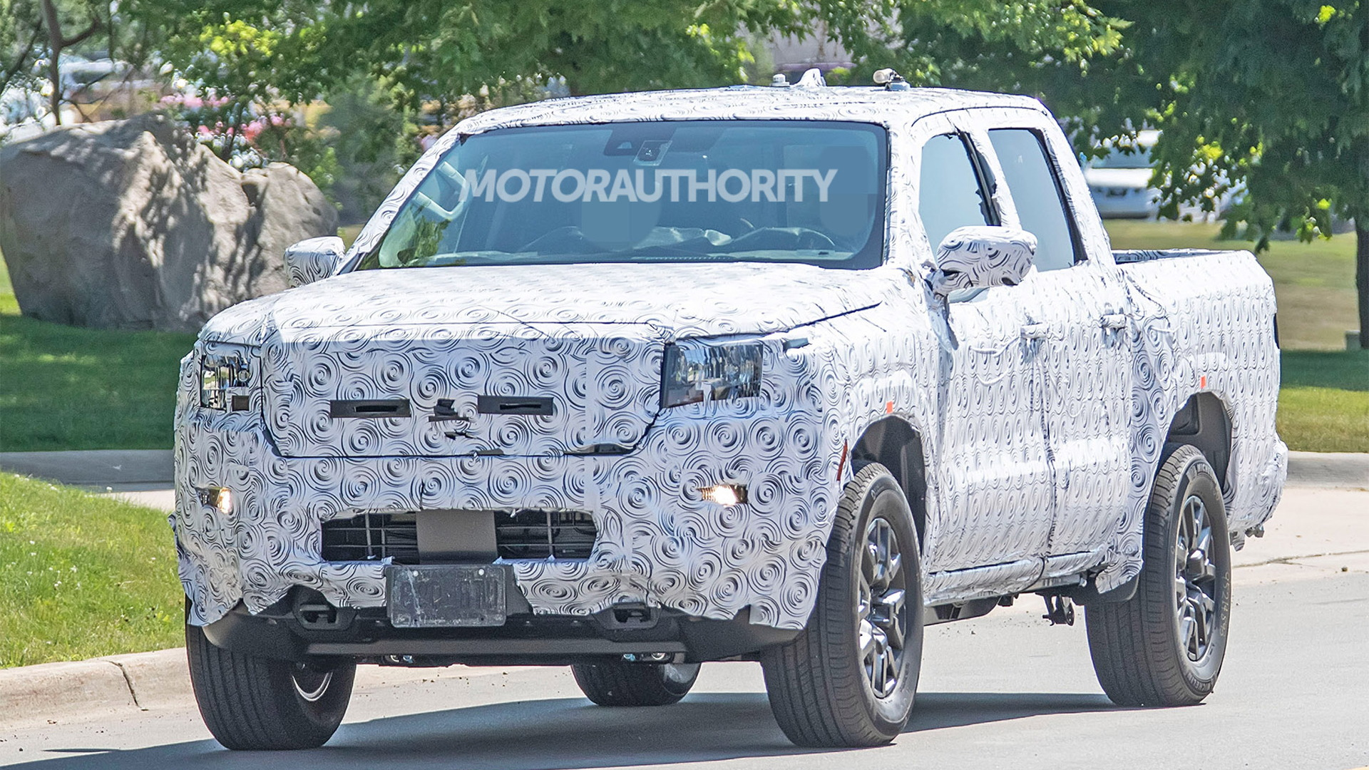 2021 Nissan Frontier spy shots - Photo credit: S. Baldauf/SB-Medien