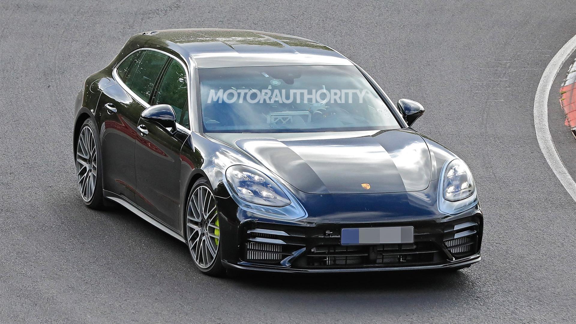2021 Porsche Panamera Sport Turismo facelift spy shots - Photo credit: S. Baldauf/SB-Medien