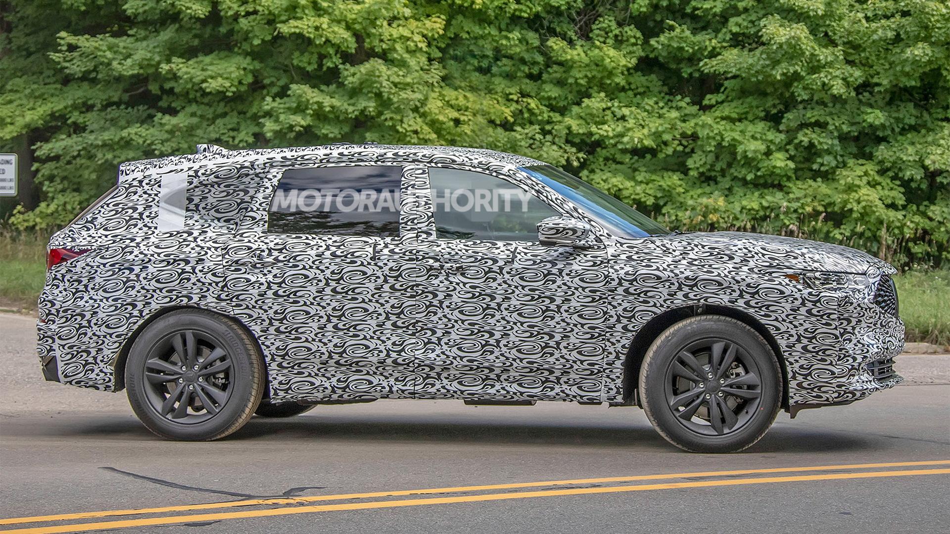 2021 Acura MDX Hybrid Pictures