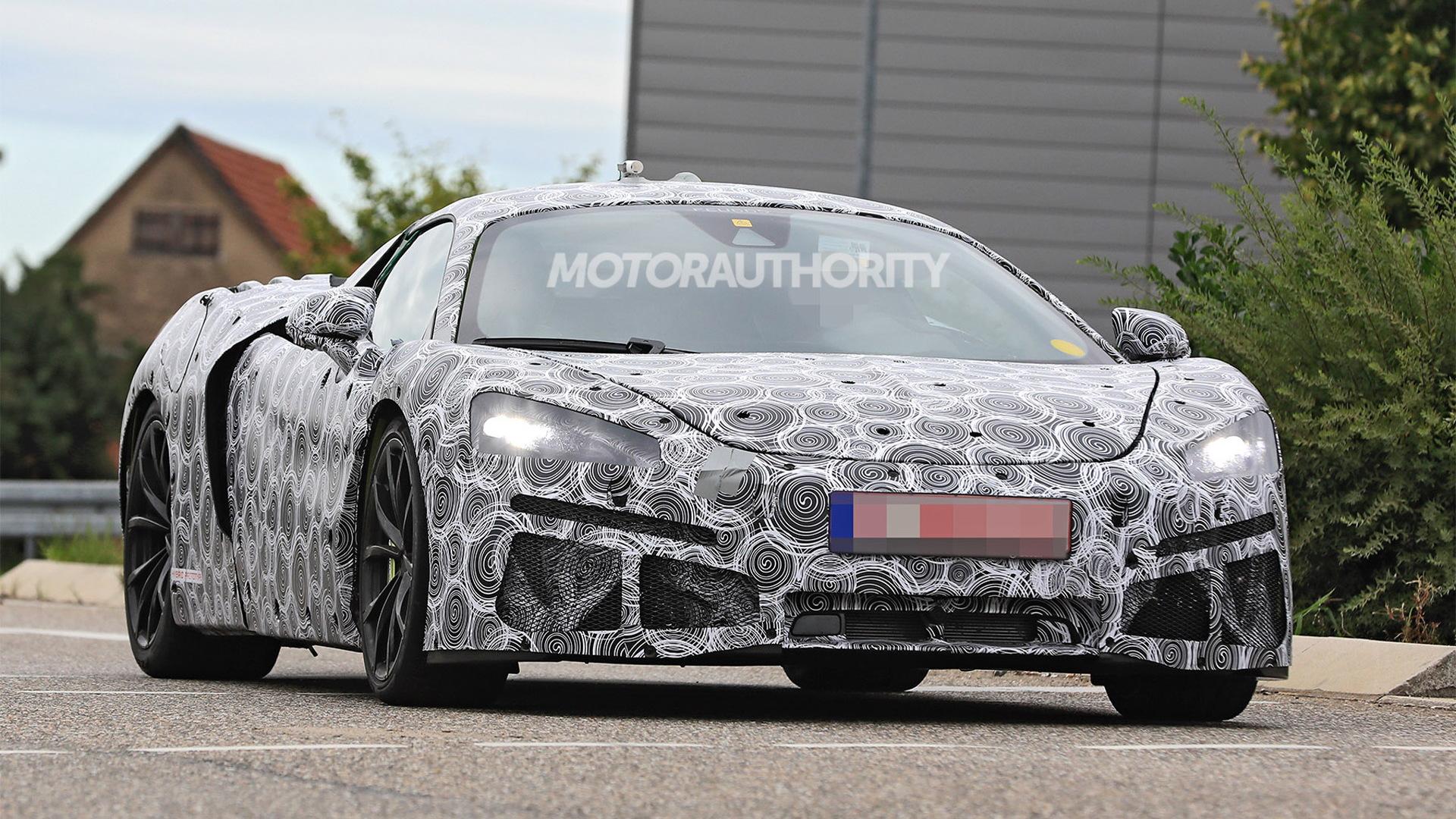 McLaren Artura spy shots - Photo credit: S. Baldauf/SB-Medien