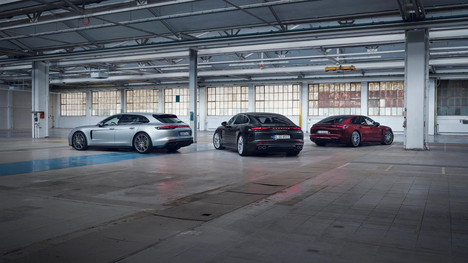 2021 Porsche Panamera plug-in hybrid models